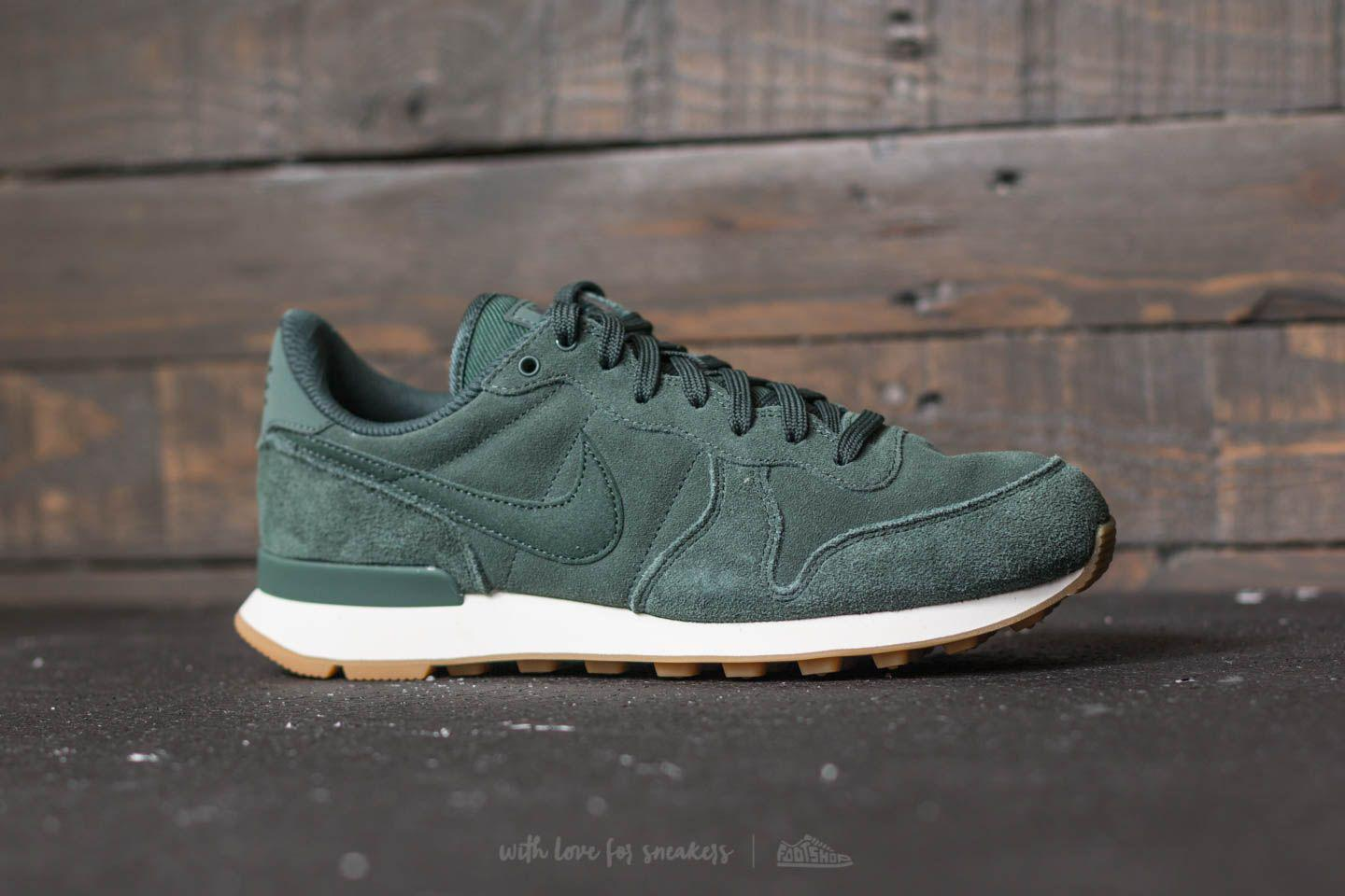 1275e6bdd902 Lyst - Nike W Internationalist Se Vintage Green  Vintage Green in Green