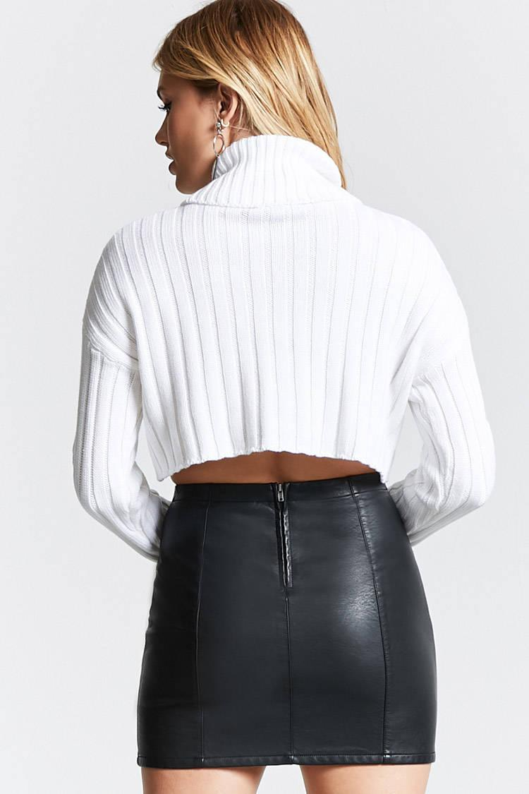Forever 21 Cropped Turtleneck Sweater in White | Lyst