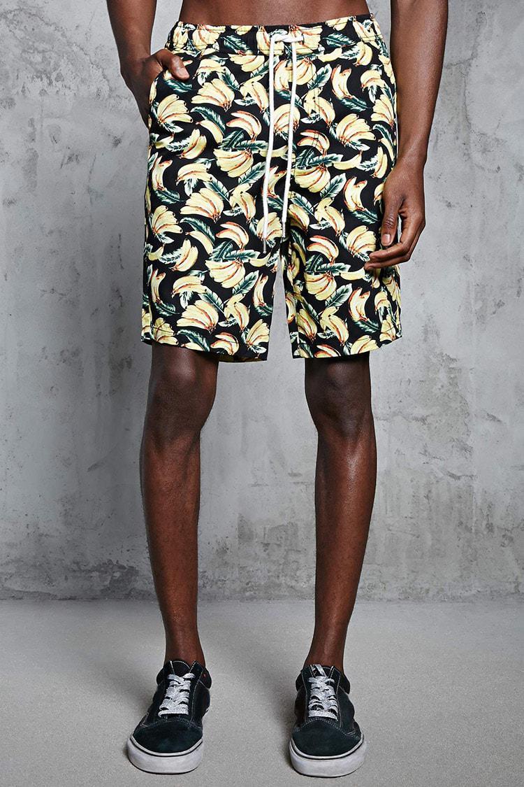 Forever 21. Men's Banana Print Shorts