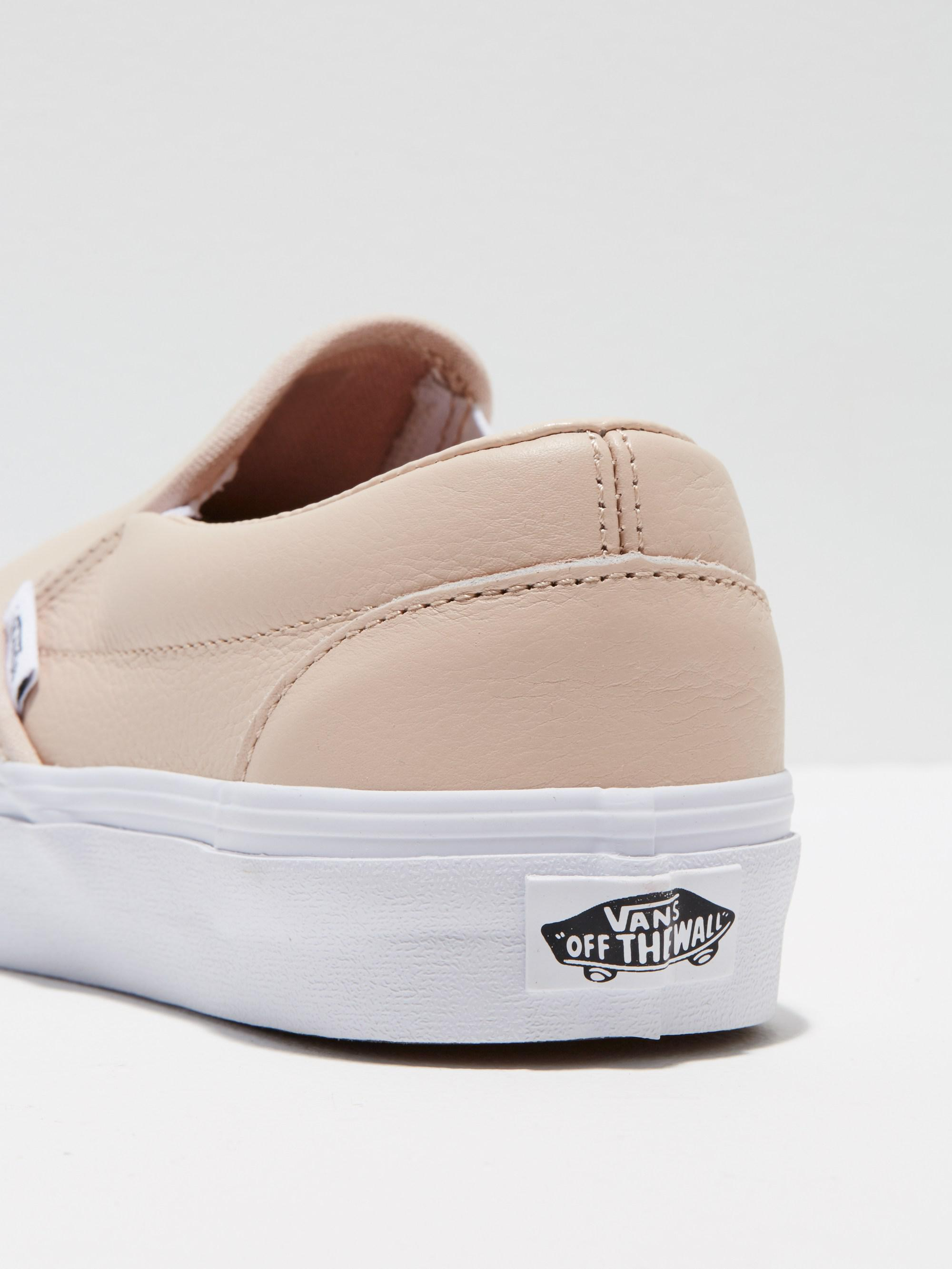 huge selection of 73f05 2646c Frank And Oak Vans Classic Leather Slip-on In Frappewhite in