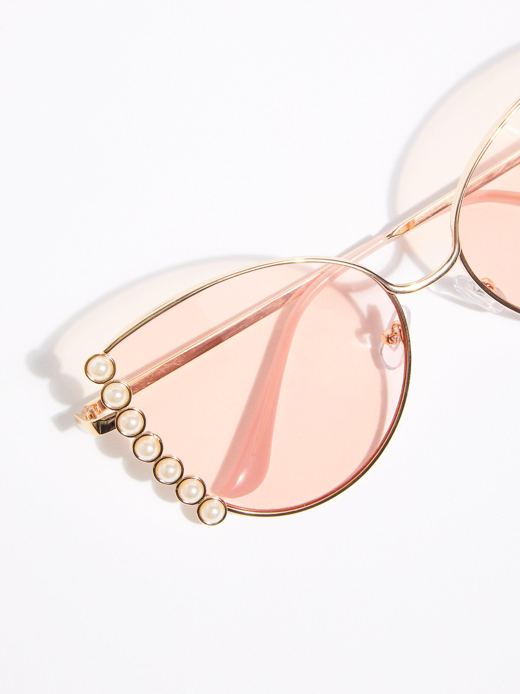 Free People Alaia Pearl Sunglasses in Hot Pink (Pink)