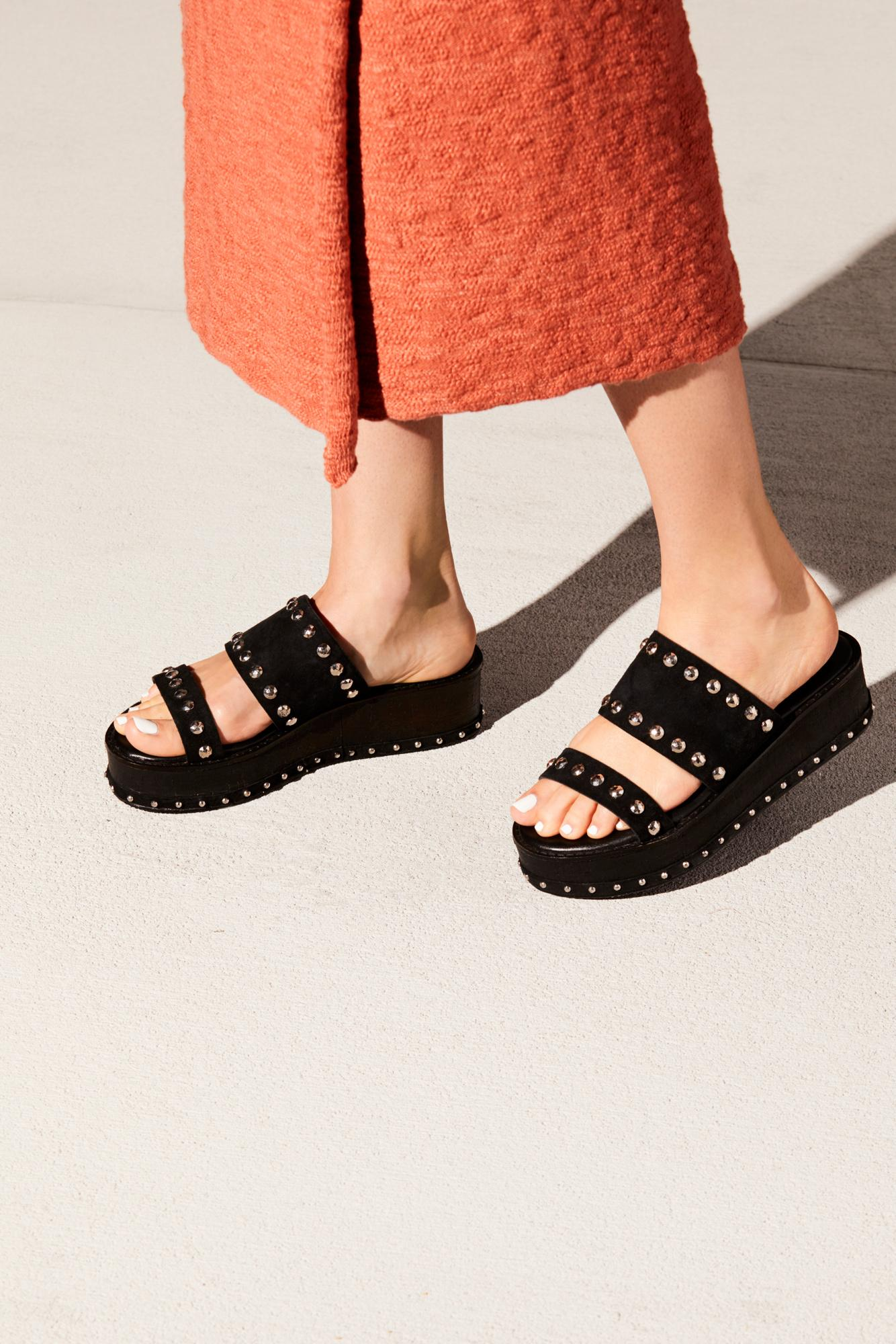 1fa71064a6aa Lyst - Free People Lola Flatform Sandal By Inuovo in Black