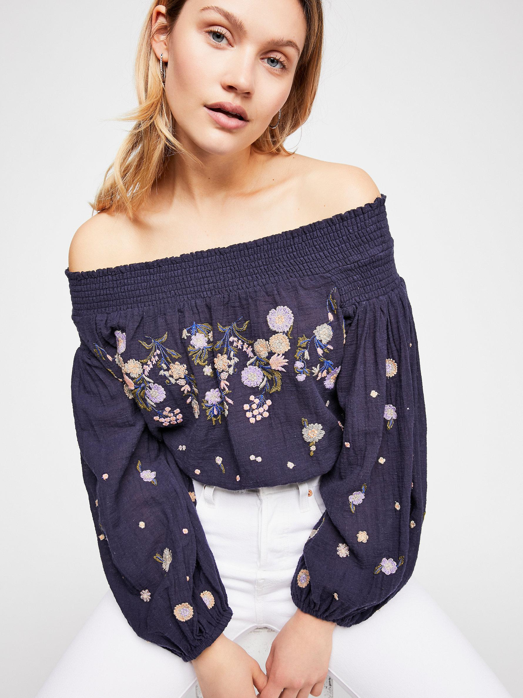 9e26e0272d2bd Lyst - Free People Saachi Smocked Top in Blue