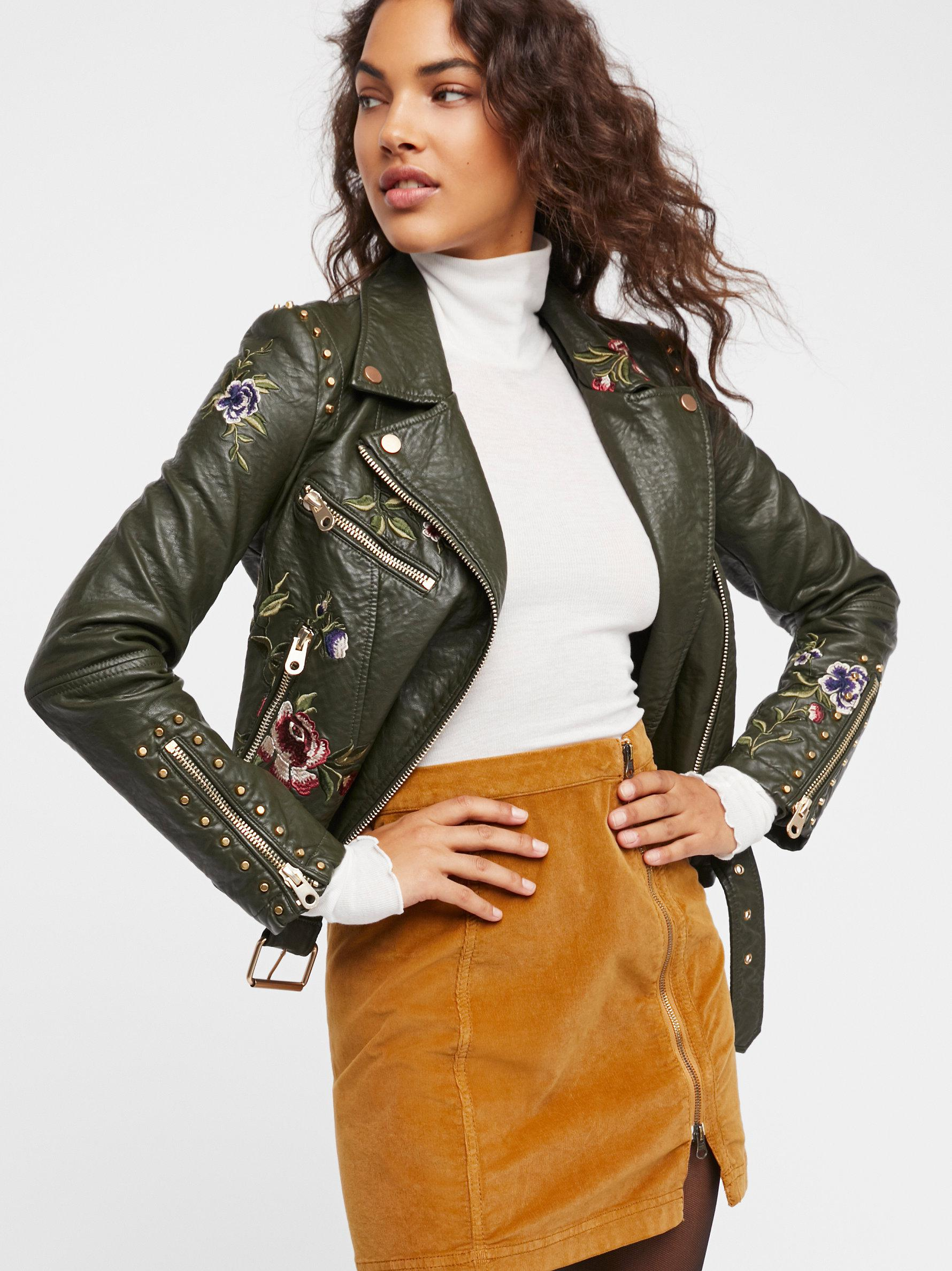 4cef3a1bb6 Lyst - Free People This Way Or That Cord Mini Skirt in Green