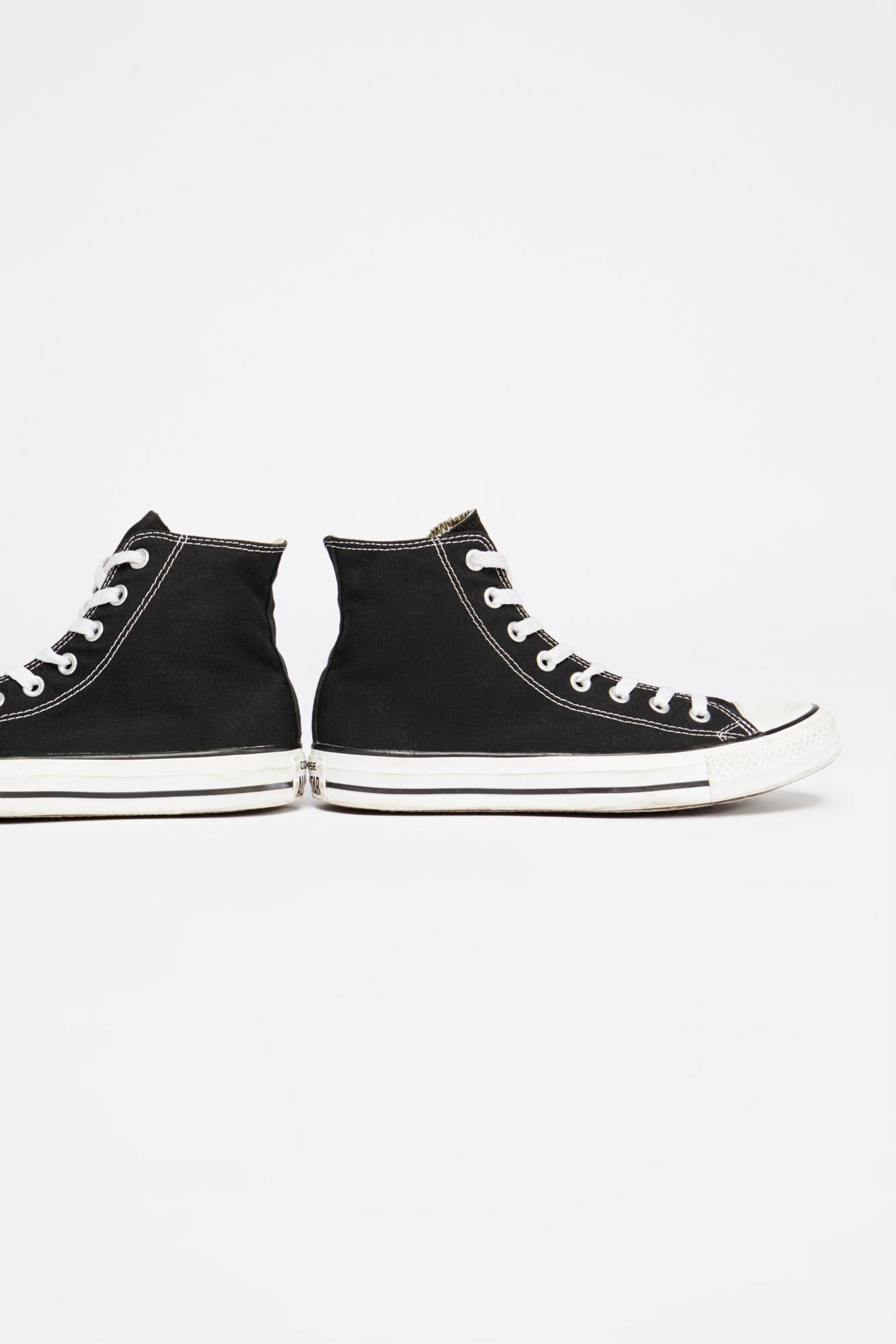 2ace1aed494271 Free People Charlie Hi Top Converse Sneaker in Black - Lyst