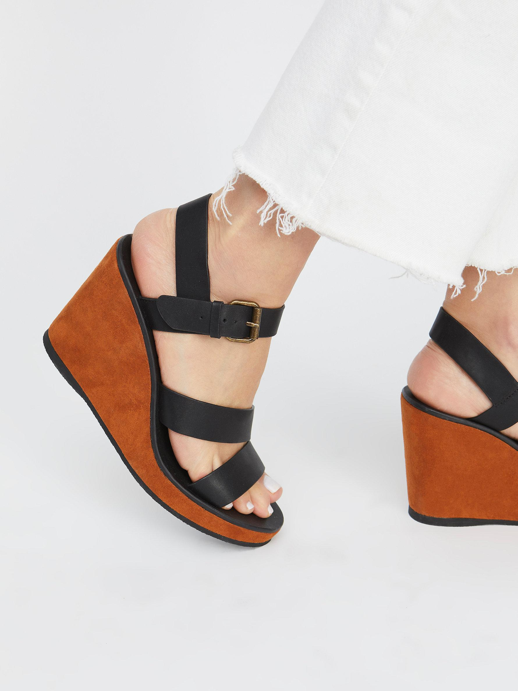 9f9710471e96 Lyst - Free People Vegan Vacation Wedge in Black