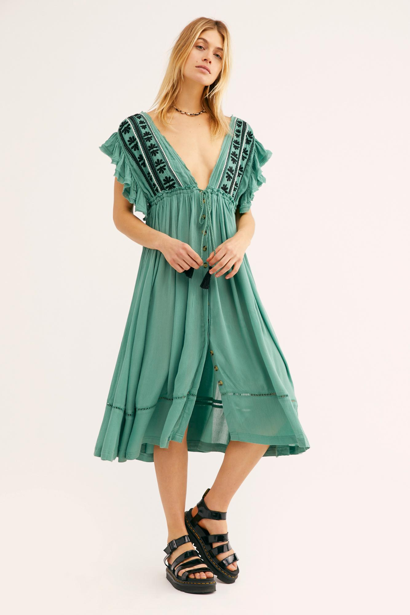 c67bf8f30801 Lyst - Free People Bali Will Wait For You Midi Dress in Green
