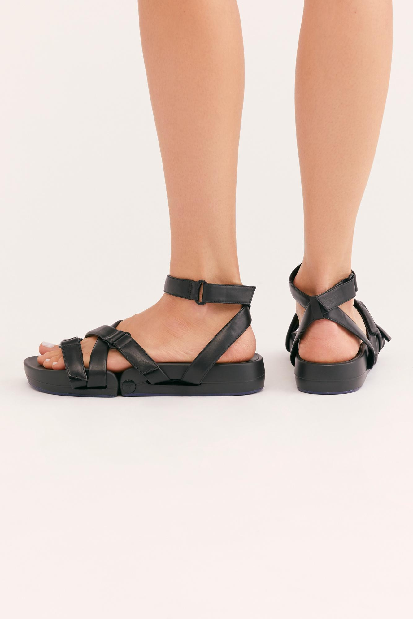 Leather Figs Movement Sneaker Sandal
