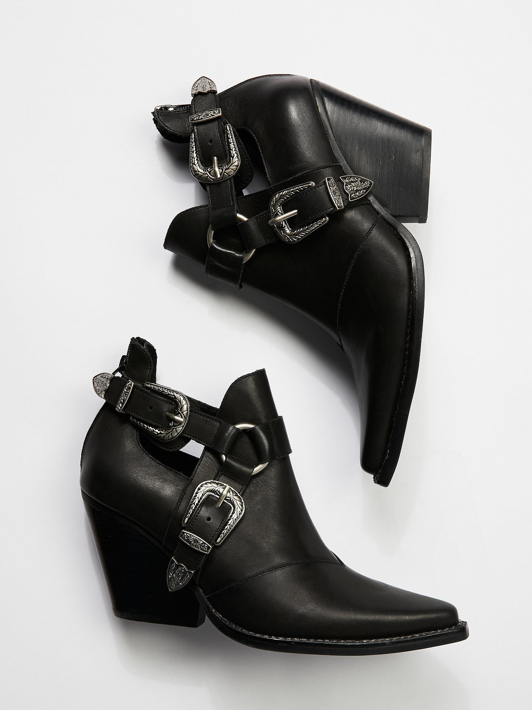 Free People Leather Icon Western Boot in Black Leather (Black)