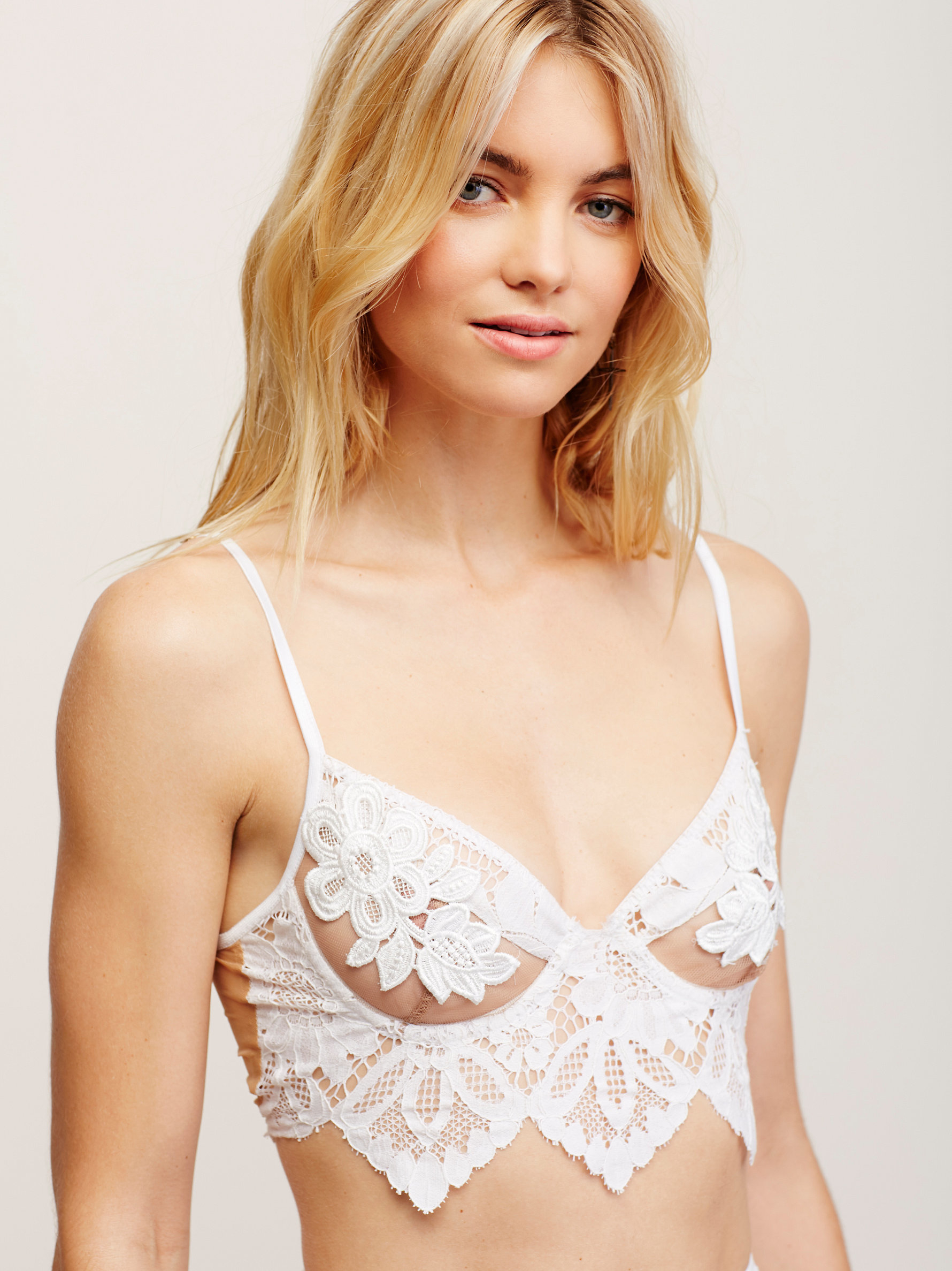 69d065e3507dc Free People Ruby Underwire Bralette Ruby Lace Thong in White - Lyst
