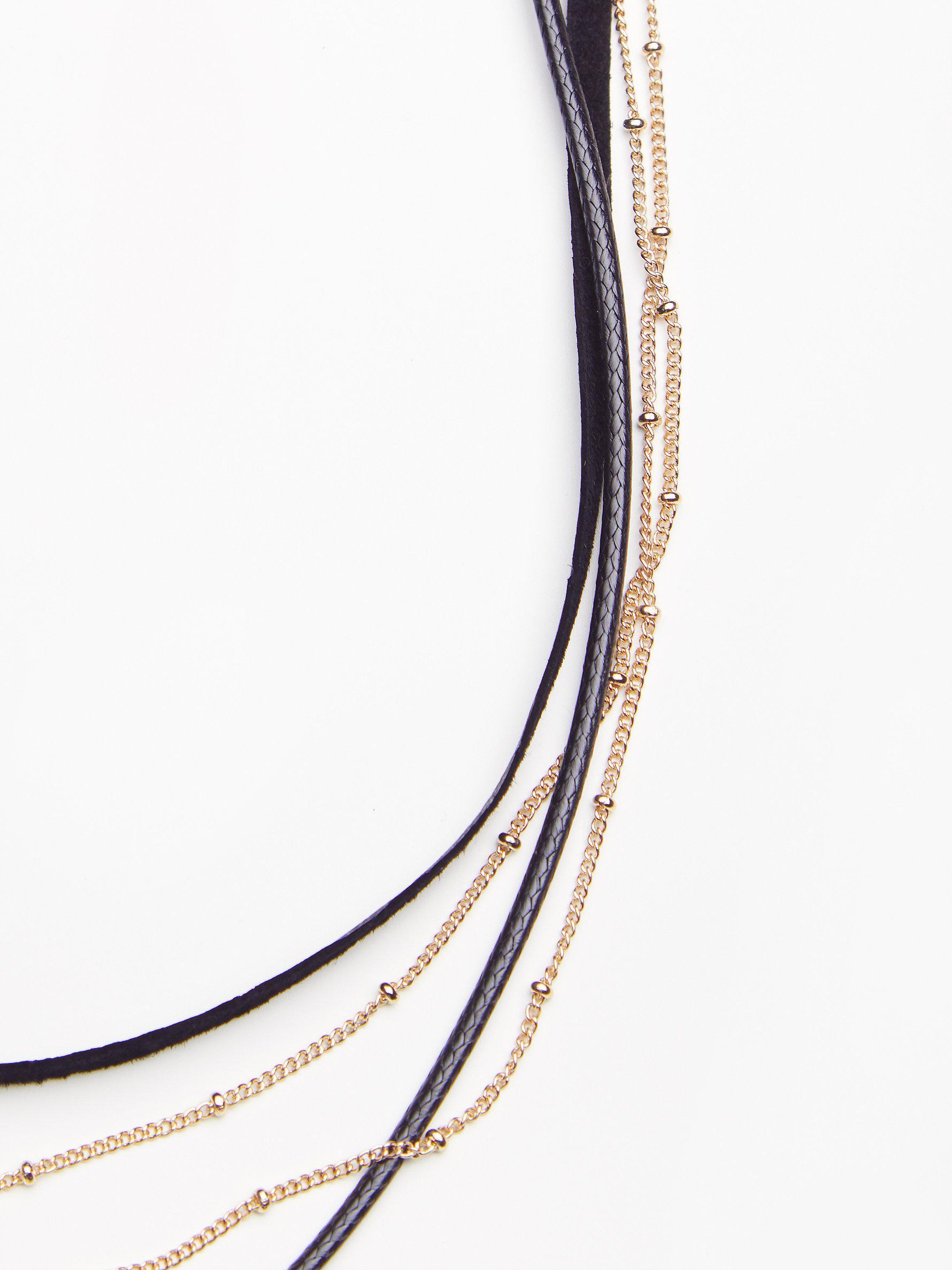 Free People Synthetic Wren Triple Horn Necklace in Black / Gold (Metallic)