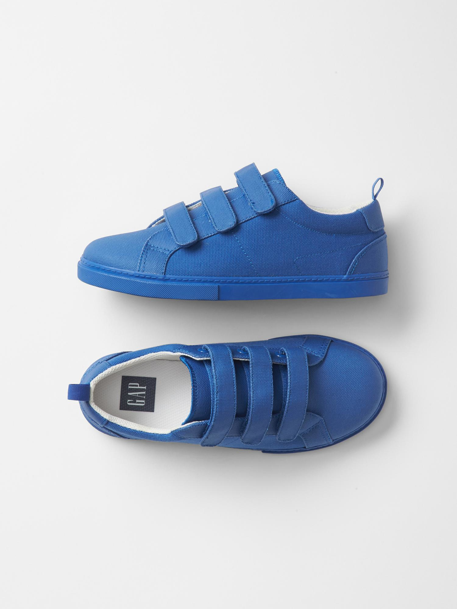 gap classic trainers in blue for radiant blue lyst