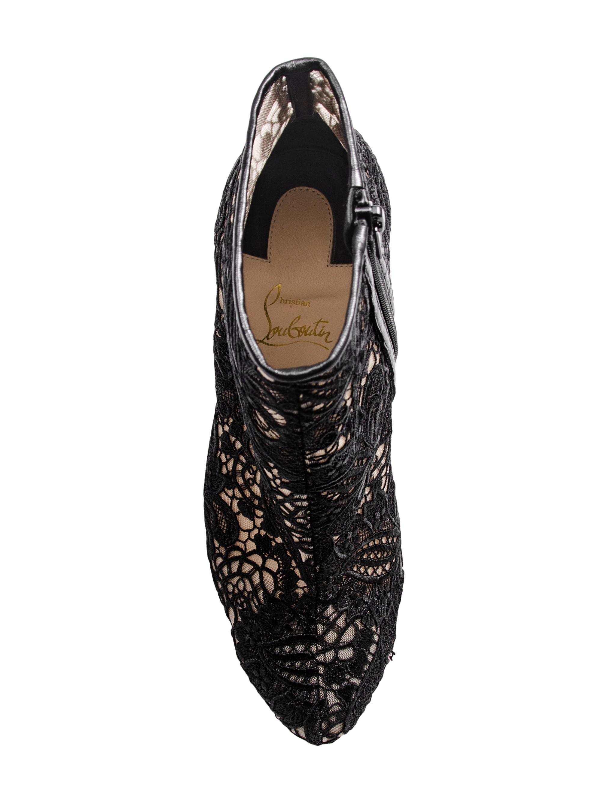 41cc70a3f8d Christian Louboutin Miss Tennis 100 Guipure Lace Booties in Black - Lyst