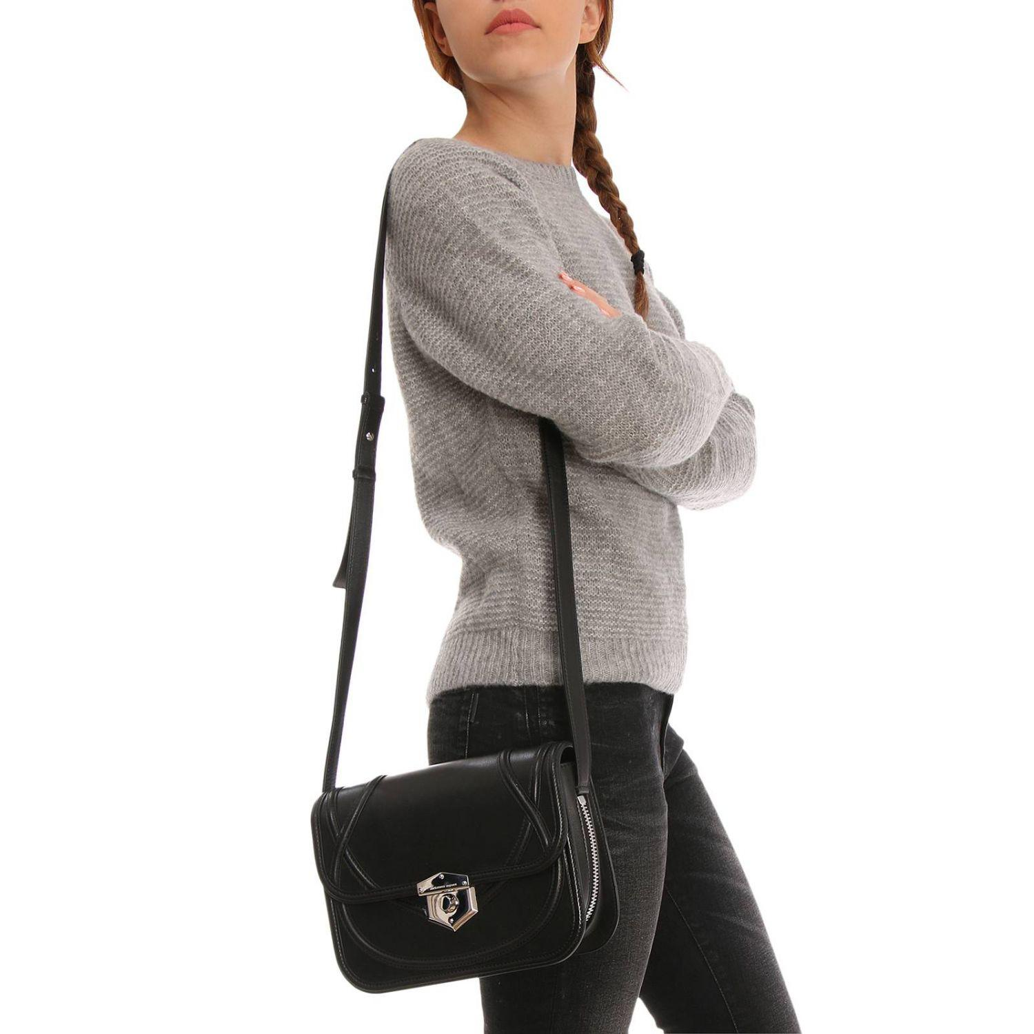 Alexander McQueen Leather Small Wicca Bag in Black