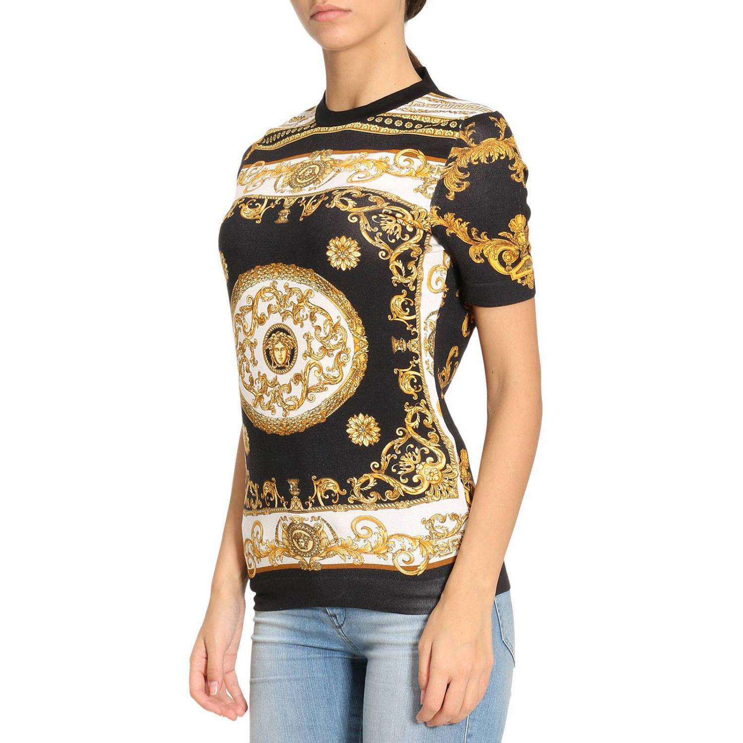5b393ab81aac Lyst - Versace T-shirt Women in Metallic