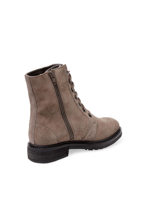 Seychelles Shock Leather Bootie in Grey (Grey)