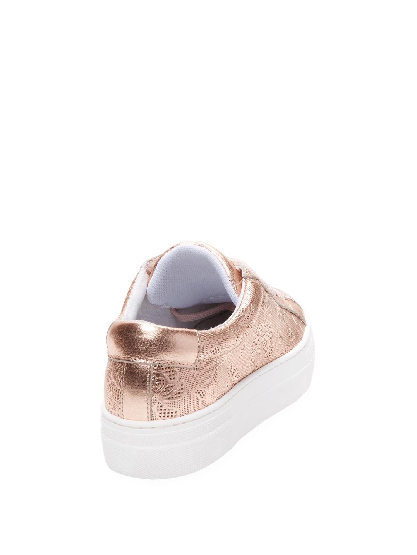 Saks Fifth Avenue Leather Venus Low Top Sneaker in Pink