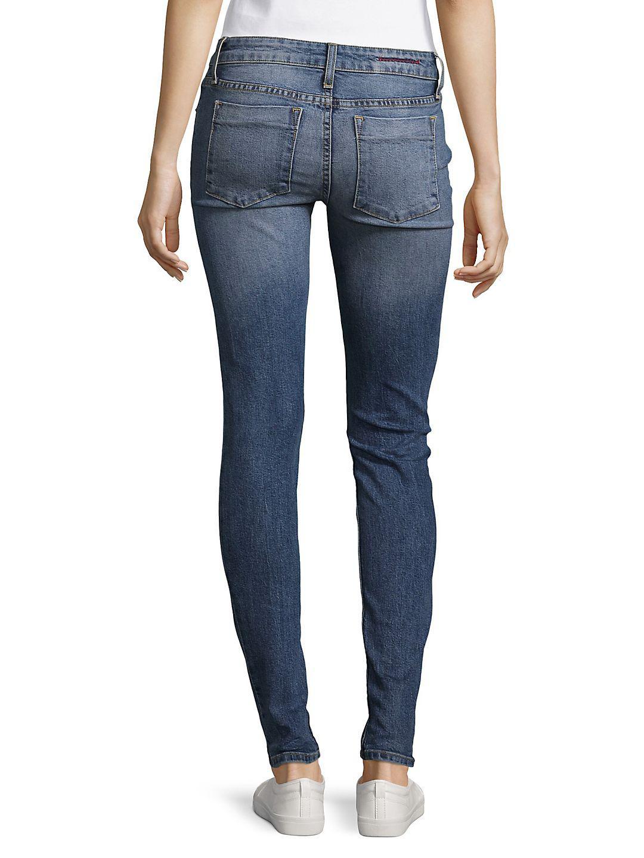 Alice + Olivia Jane Denim Skinny Jeans in Faded Denim (Blue)
