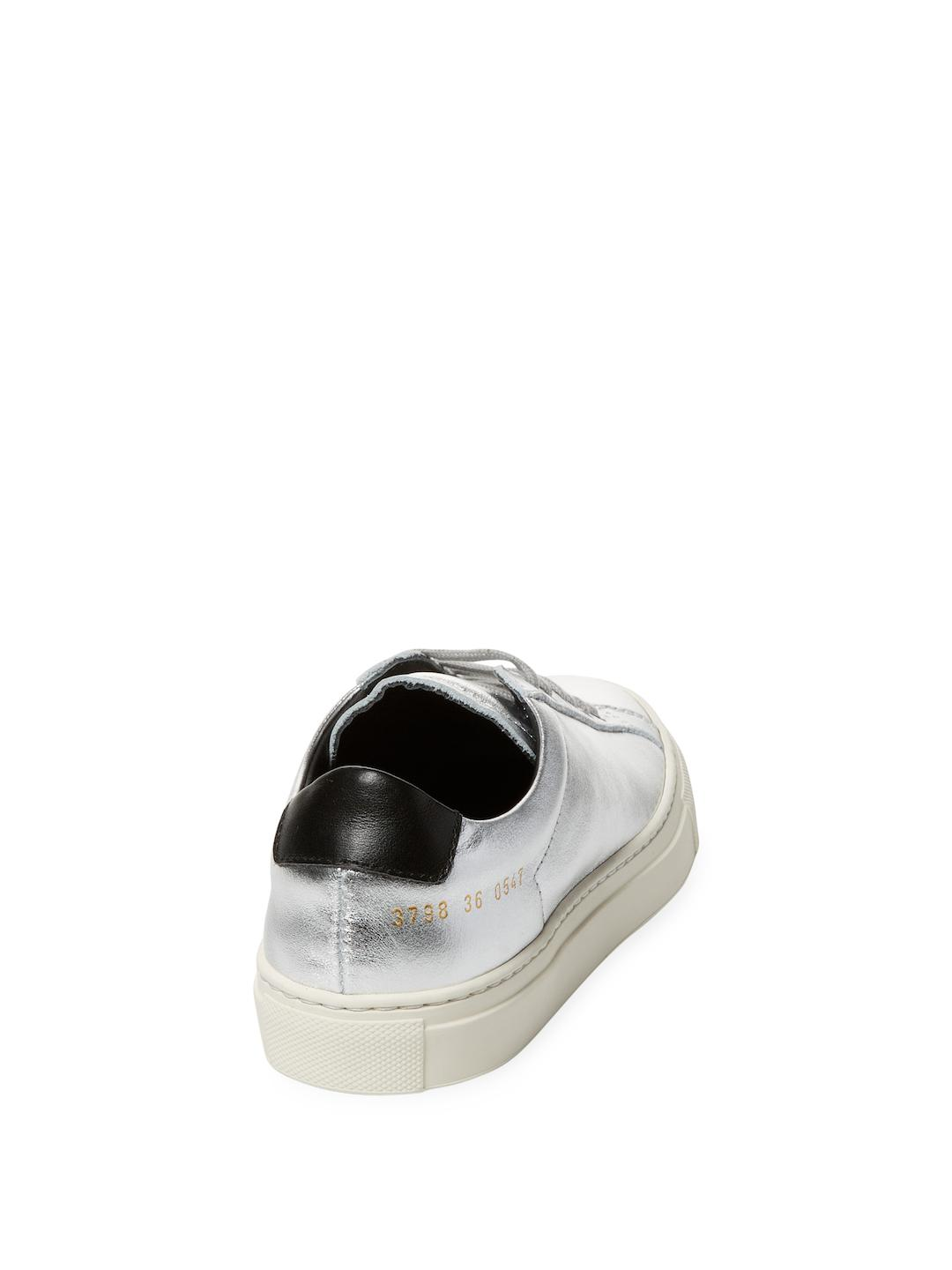 Common Projects Leather Low-top Sneakers in Silver (Metallic)