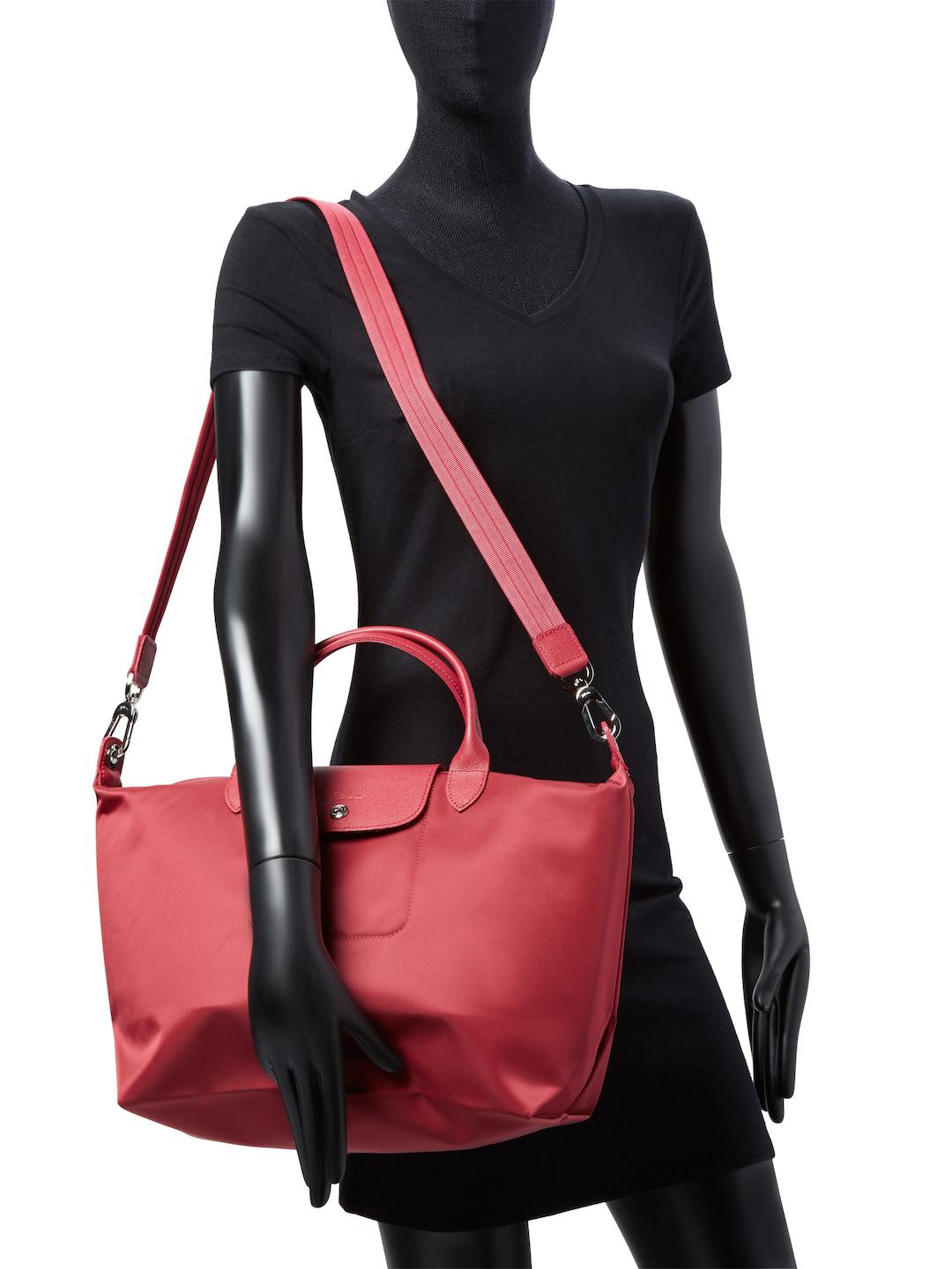 Longchamp Synthetic Le Pliage Neo Medium Top Handle in Raspberry (Red)