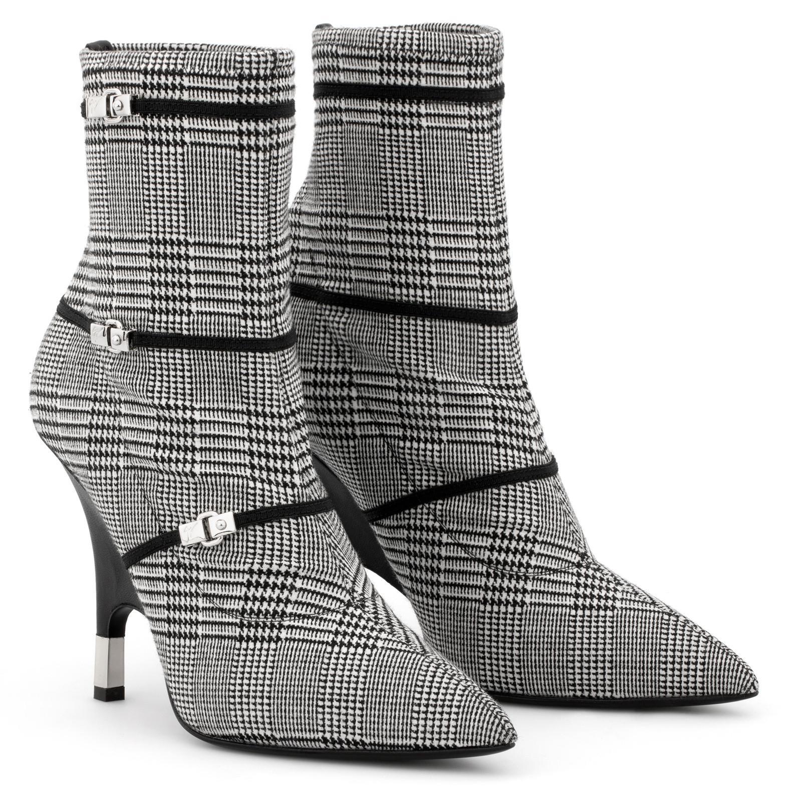 Giuseppe Zanotti Black and white embroidered boot JOLEEN SrTLUd9eIe