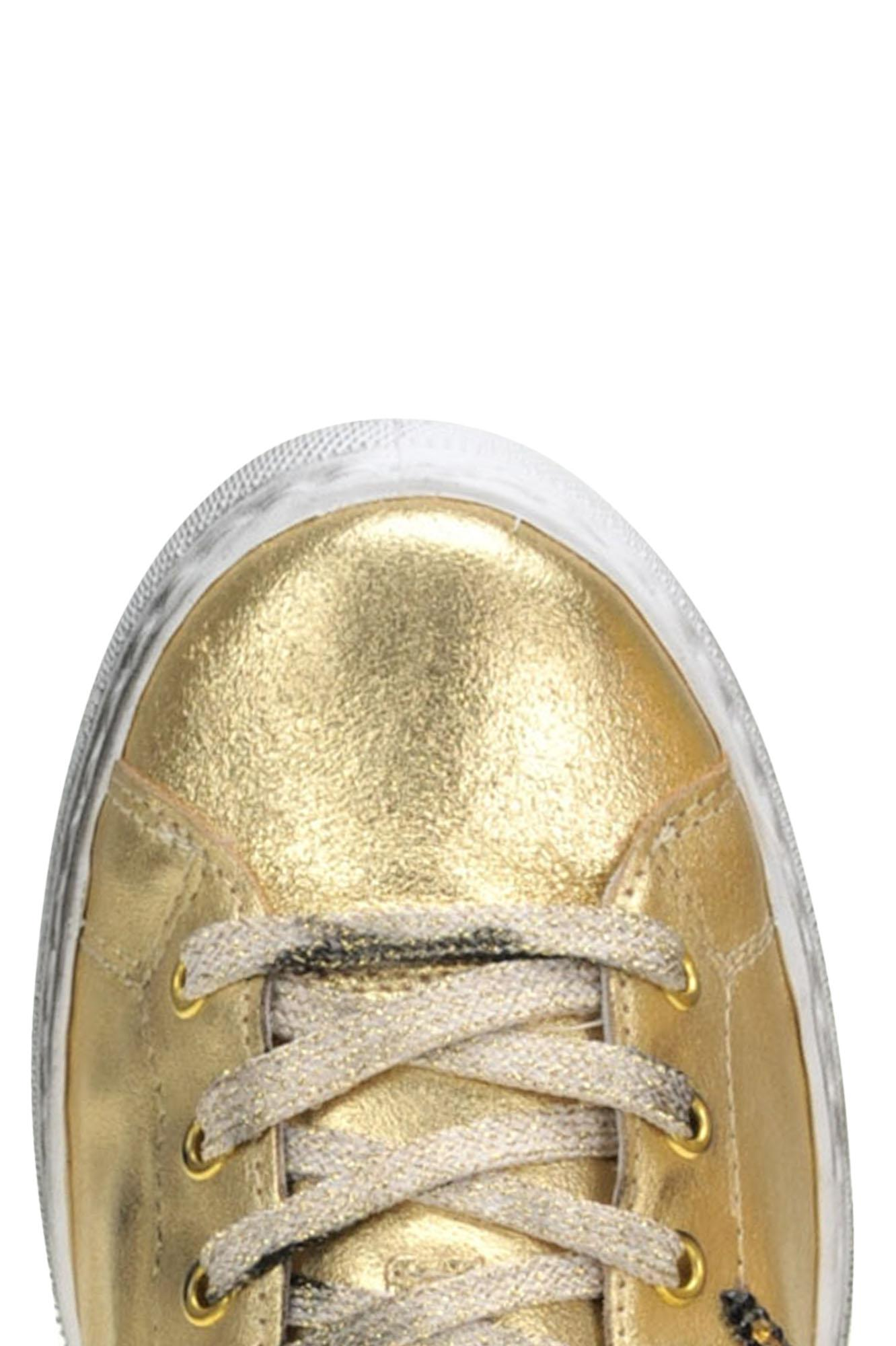 2Star Metallic Effect Leather Sneakers