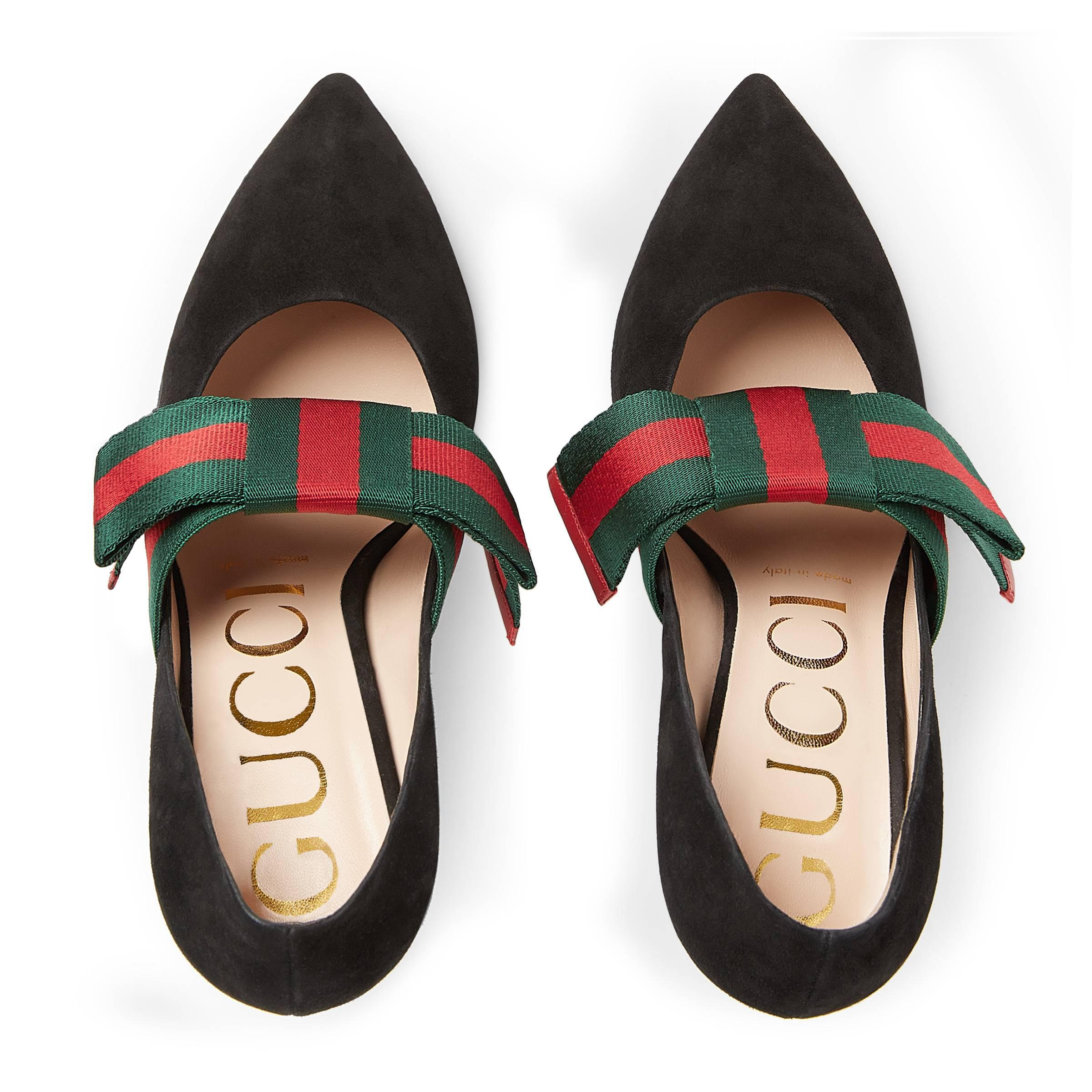 81ea503c17 Gucci Suede Pump With Removable Web Bow in Black - Lyst
