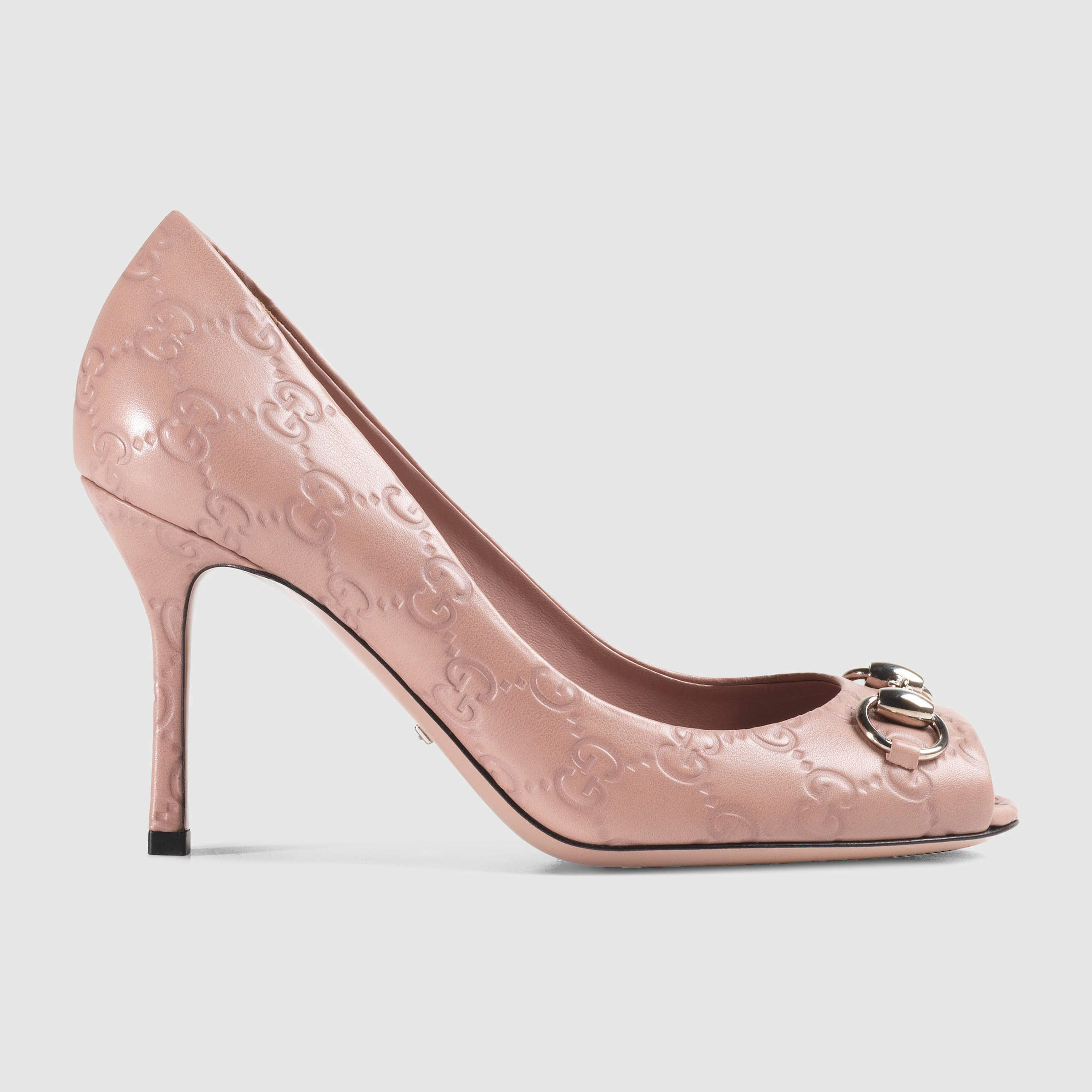 7dcf77275fe Gucci Jolene Ssima Leather Mid-heel Pump in Natural - Lyst