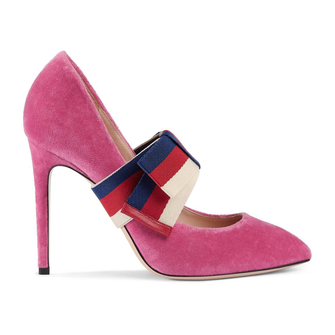 878c0302ca7 Lyst - Gucci Velvet Pump With Removable Sylvie Bow in Pink