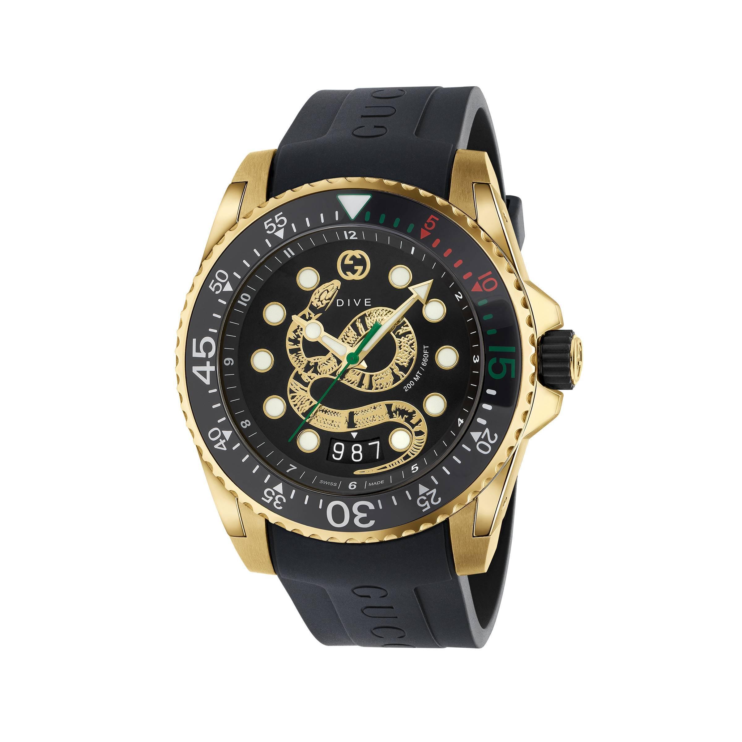 38e1c6047bb2 Gucci. Reloj Dive