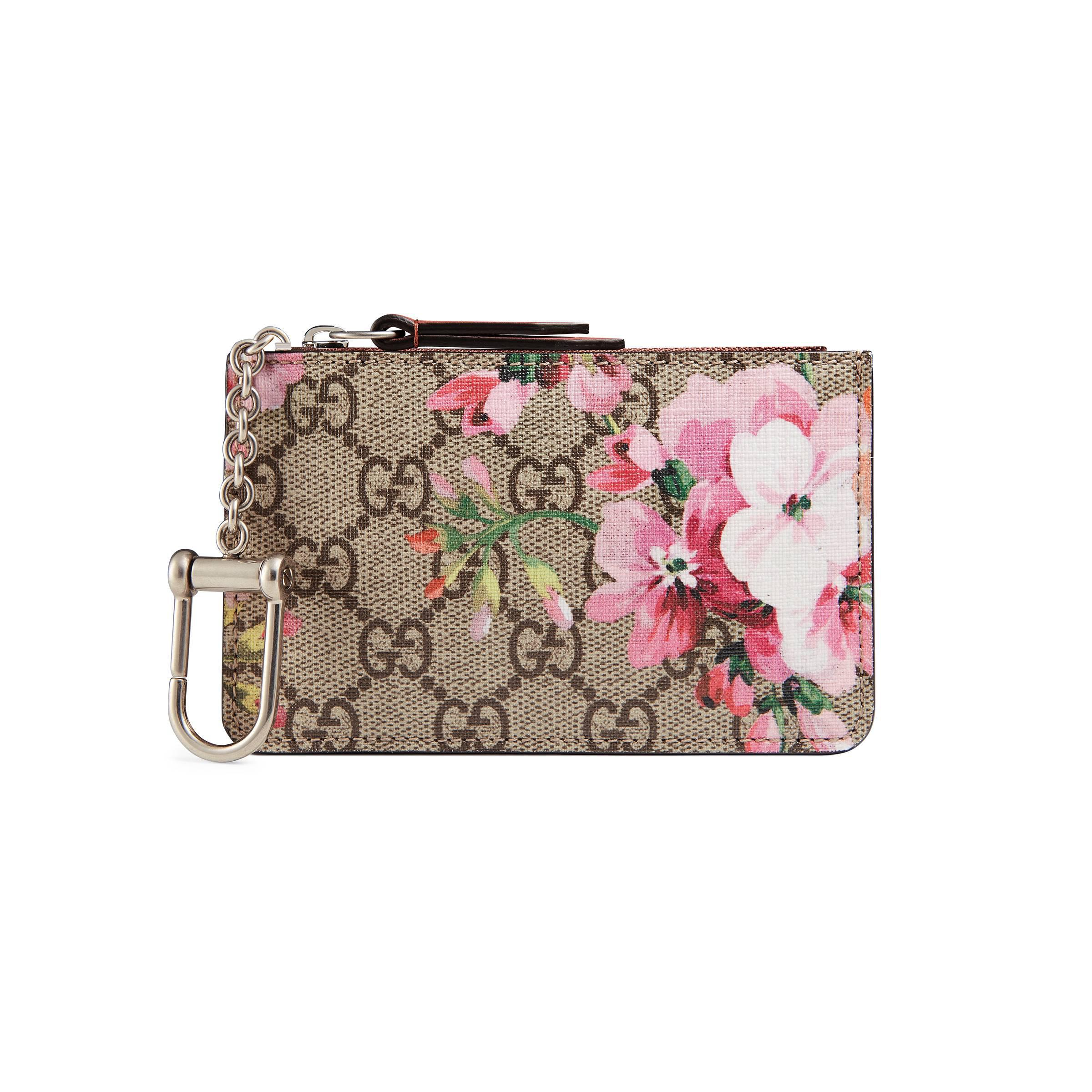 e6b63becbb6 Gucci Gg Blooms Key Case in Natural - Lyst