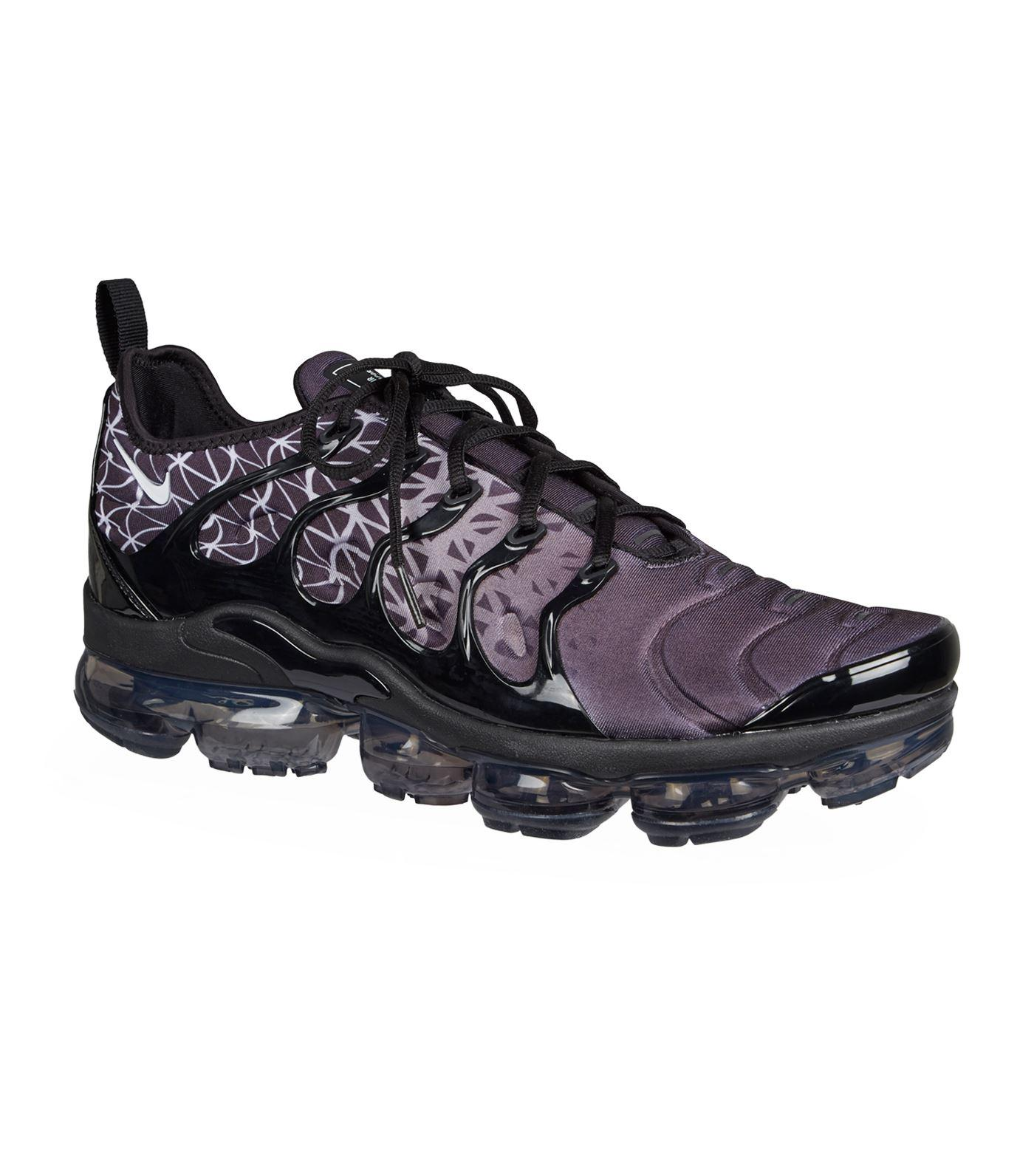 b79bc6fe9b0 Lyst - Nike Air Vapormax Plus Trainers in Black for Men