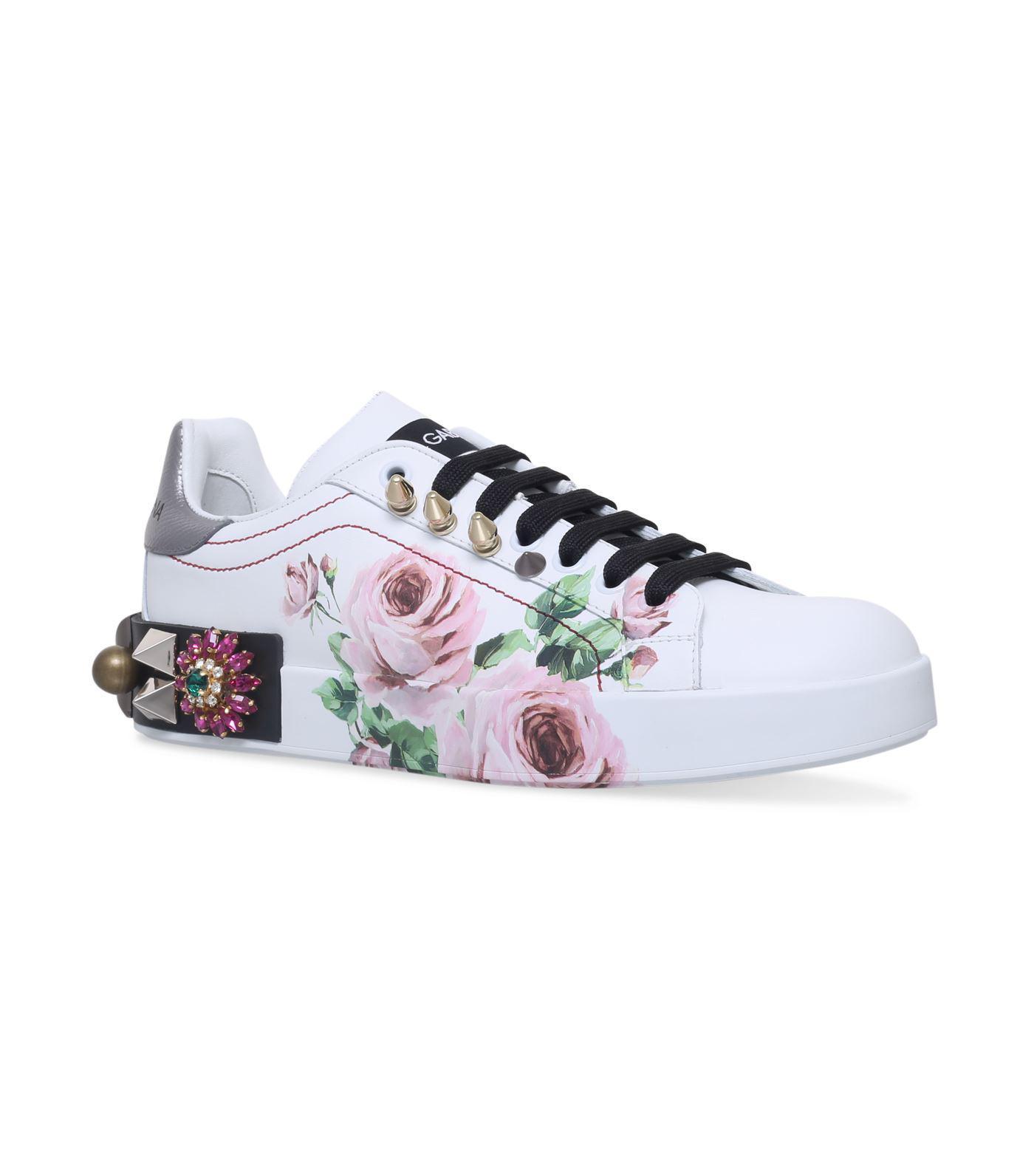 Embellished Rose Print Sneakers in Pink