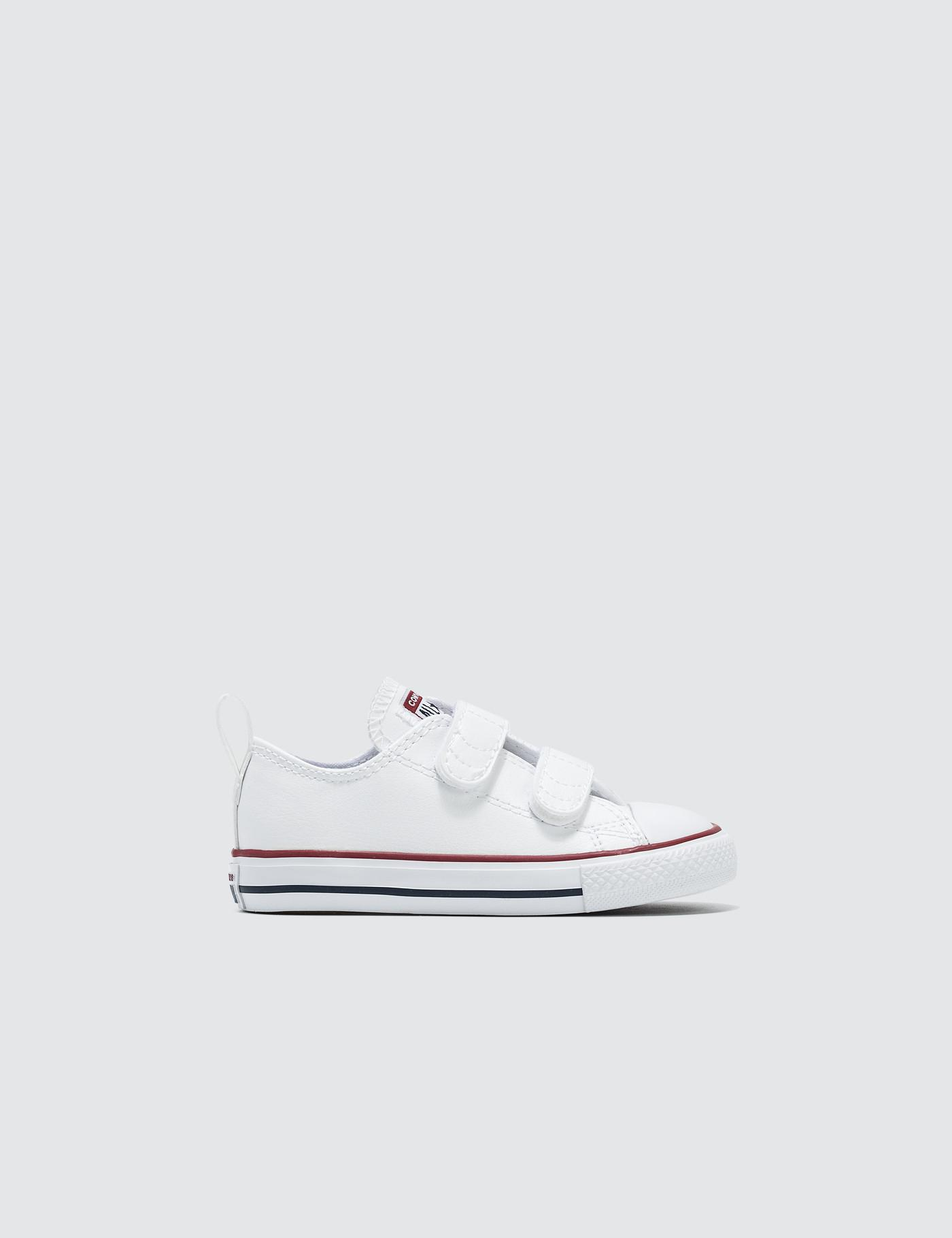 5b3d55cd576a Lyst - Converse Chuck Taylor All Star 2v in White