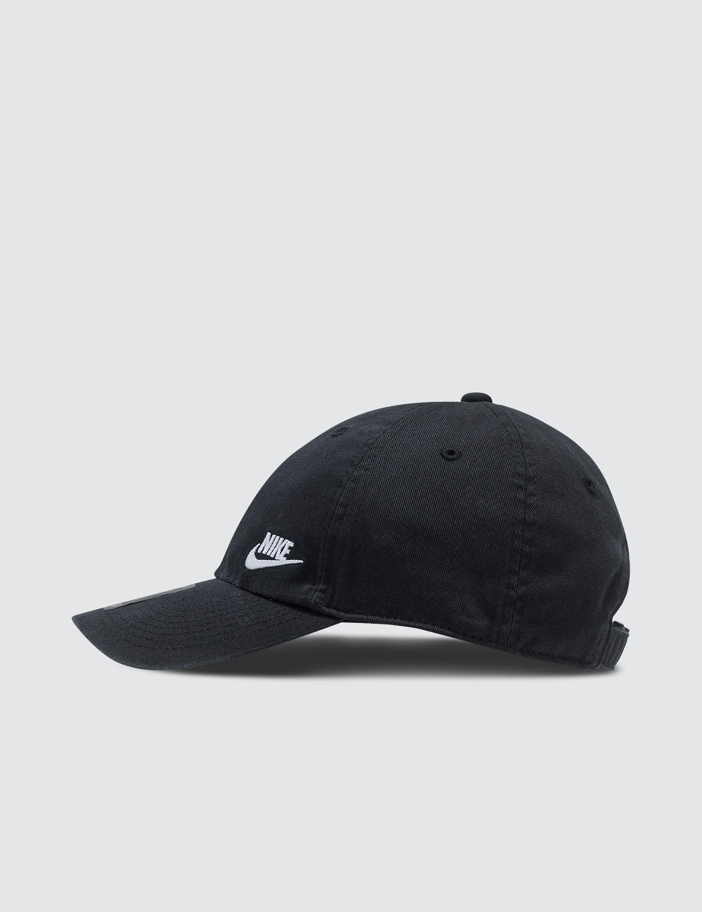 super popular 8d5df 71a6d Nike W Nsw H86 Cap Futura Classic in Black - Lyst