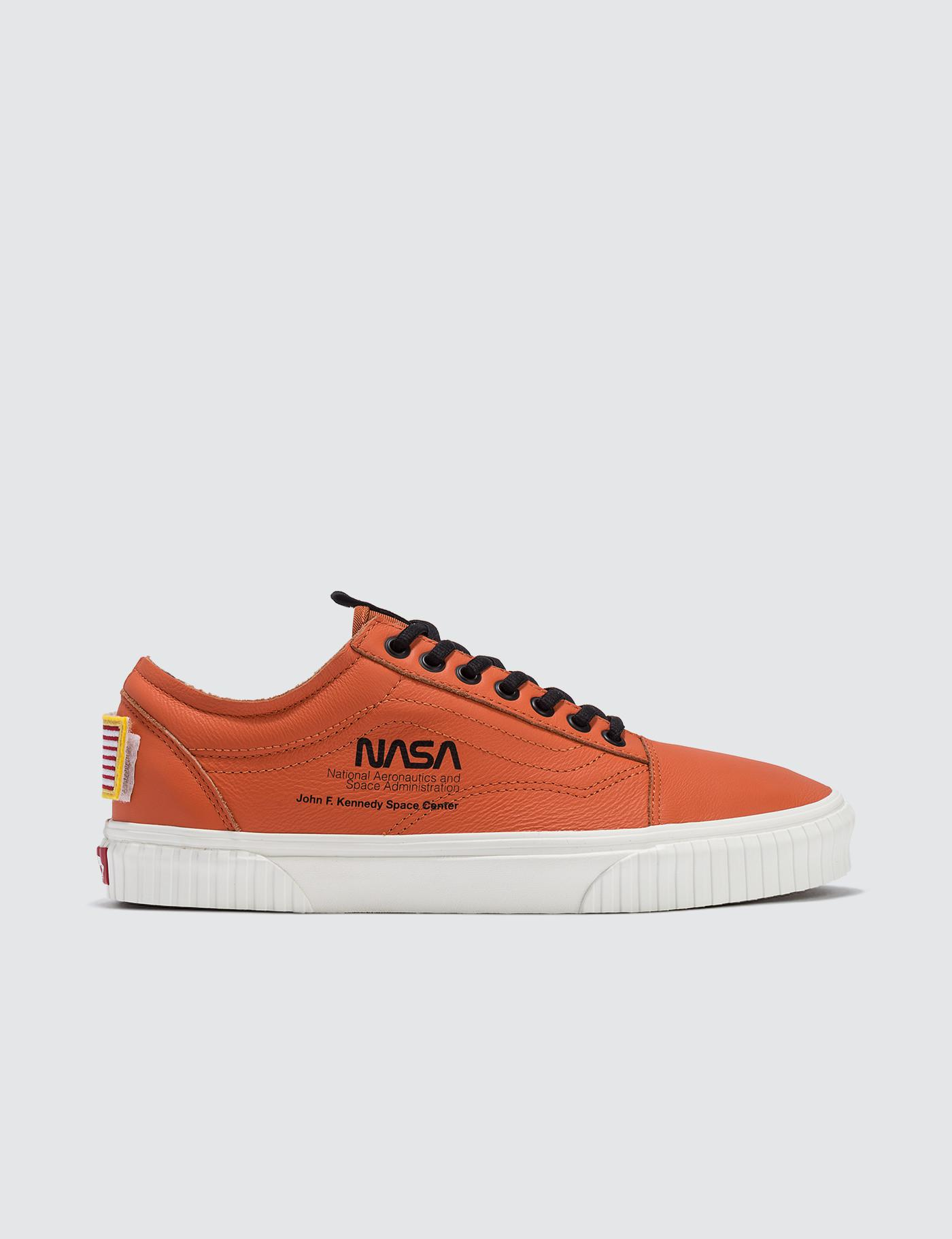 Vans Space Voyager Old Skool in Orange for Men - Lyst d9f02caff