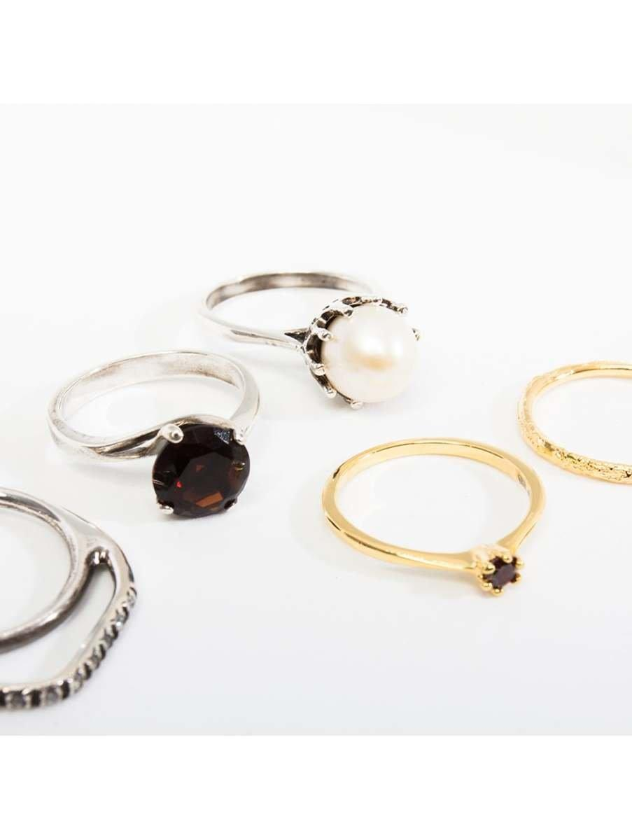 Iosselliani Set Of Five Plated Rings With Stones in Gold (Metallic)