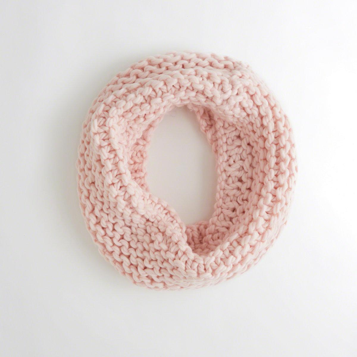 Lyst - Hollister Chunky Knit Infinity Scarf in Pink