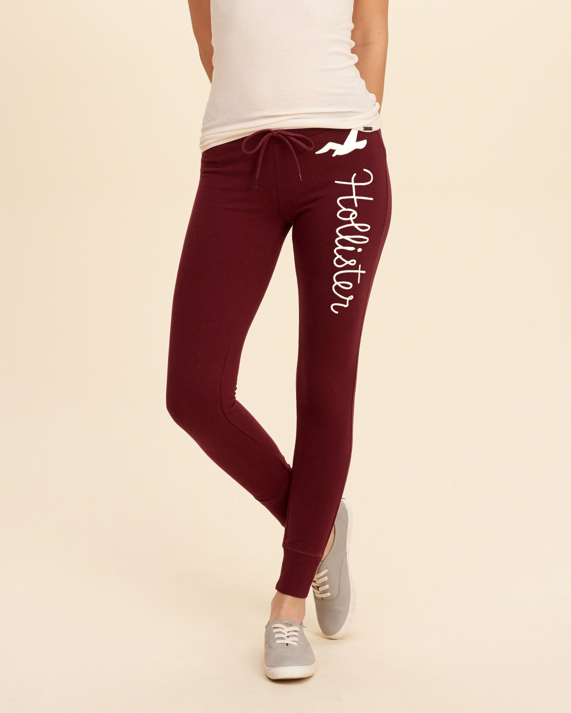 baa5dbbde9d711 Lyst - Hollister Graphic Fleece Leggings in Red