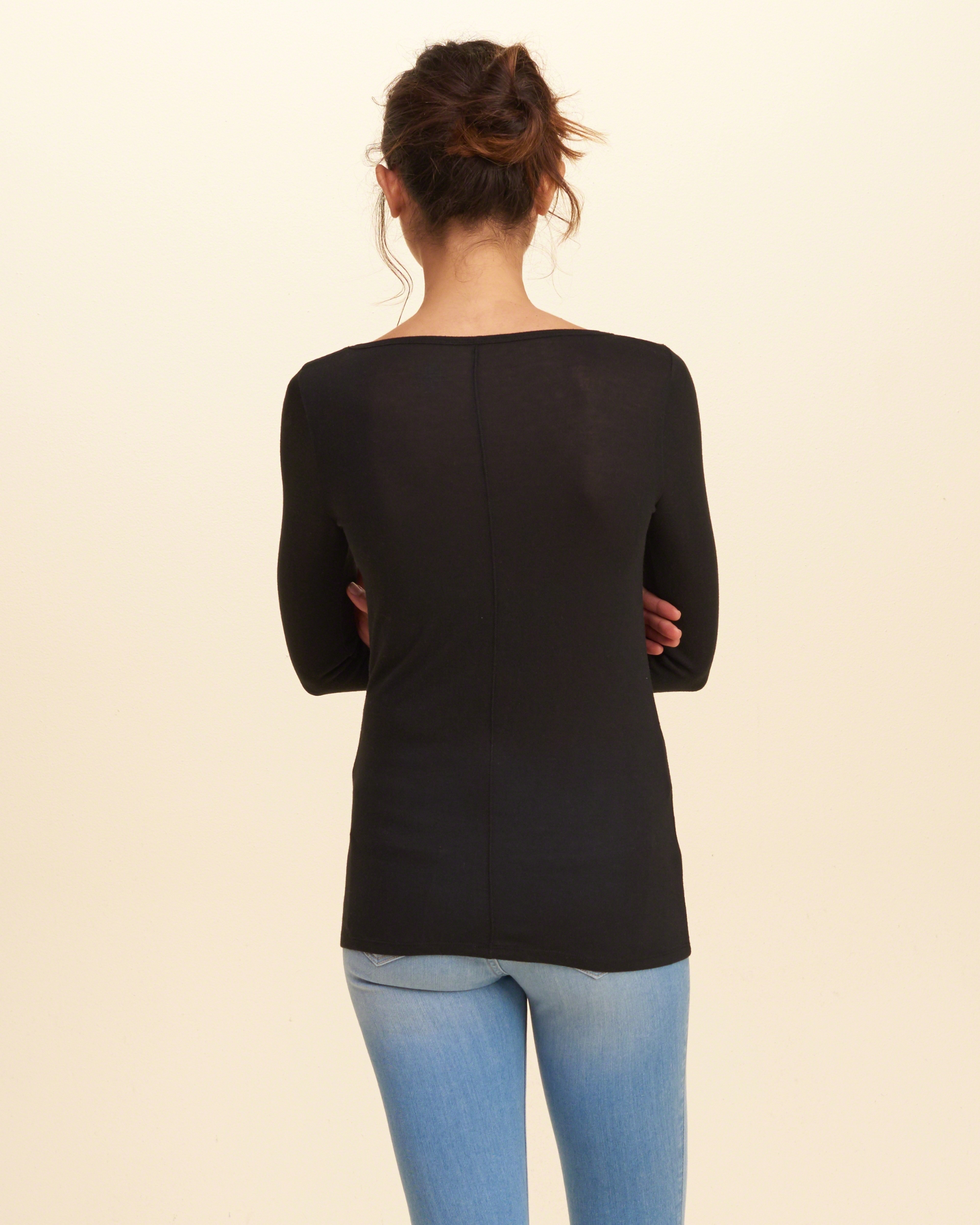 Hollister must have long sleeve v neck t shirt in black lyst for Must have dress shirts