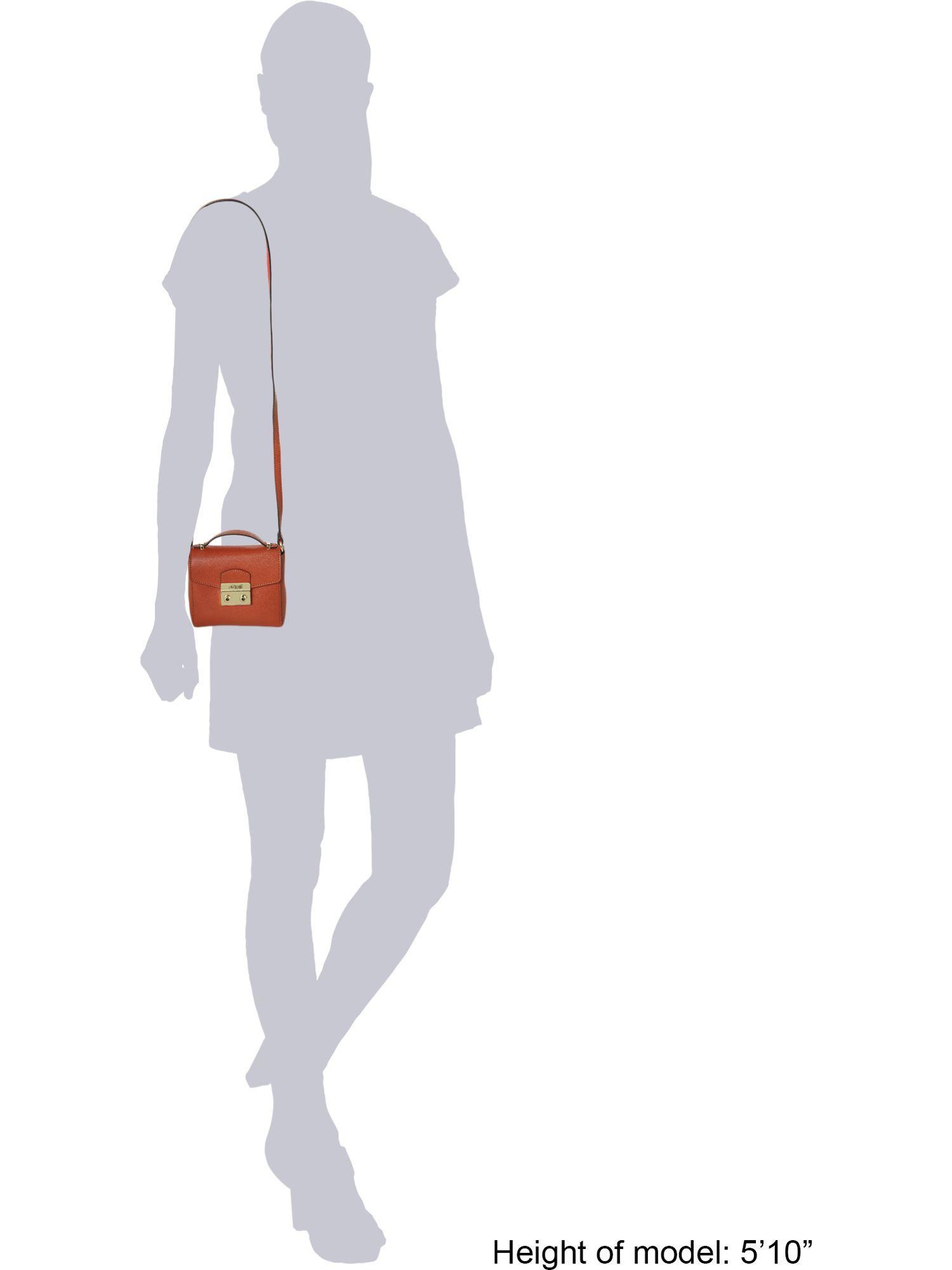 Guess Aria Lock Flapover Tote Bag in Tan (Brown)
