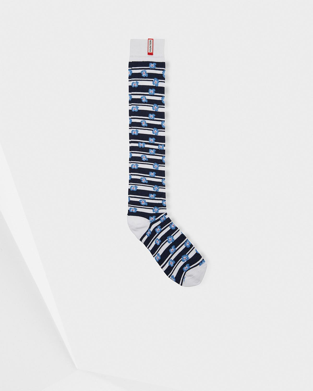 Lyst - Hunter Unisex Original Floral Stripe Knitted Knee High Socks in Blue  for Men 3b9844e4a