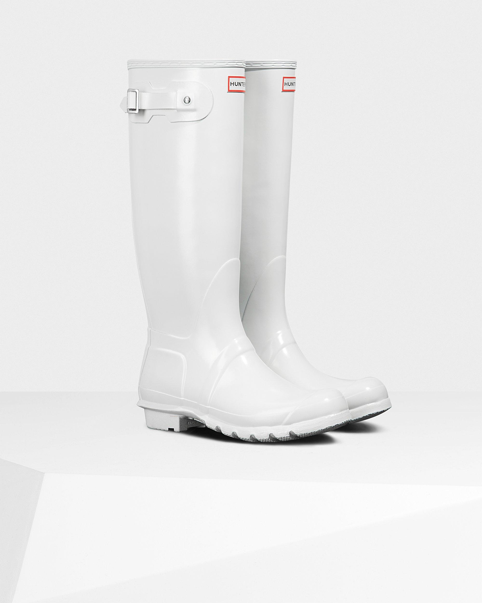 HUNTER Rubber Original Tall Gloss Wellington Boots in White