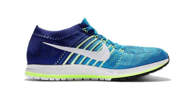 completar Defectuoso En el nombre  Nike Air Zoom Flyknit Streak 6 Running Shoes in Blue for Men - Lyst