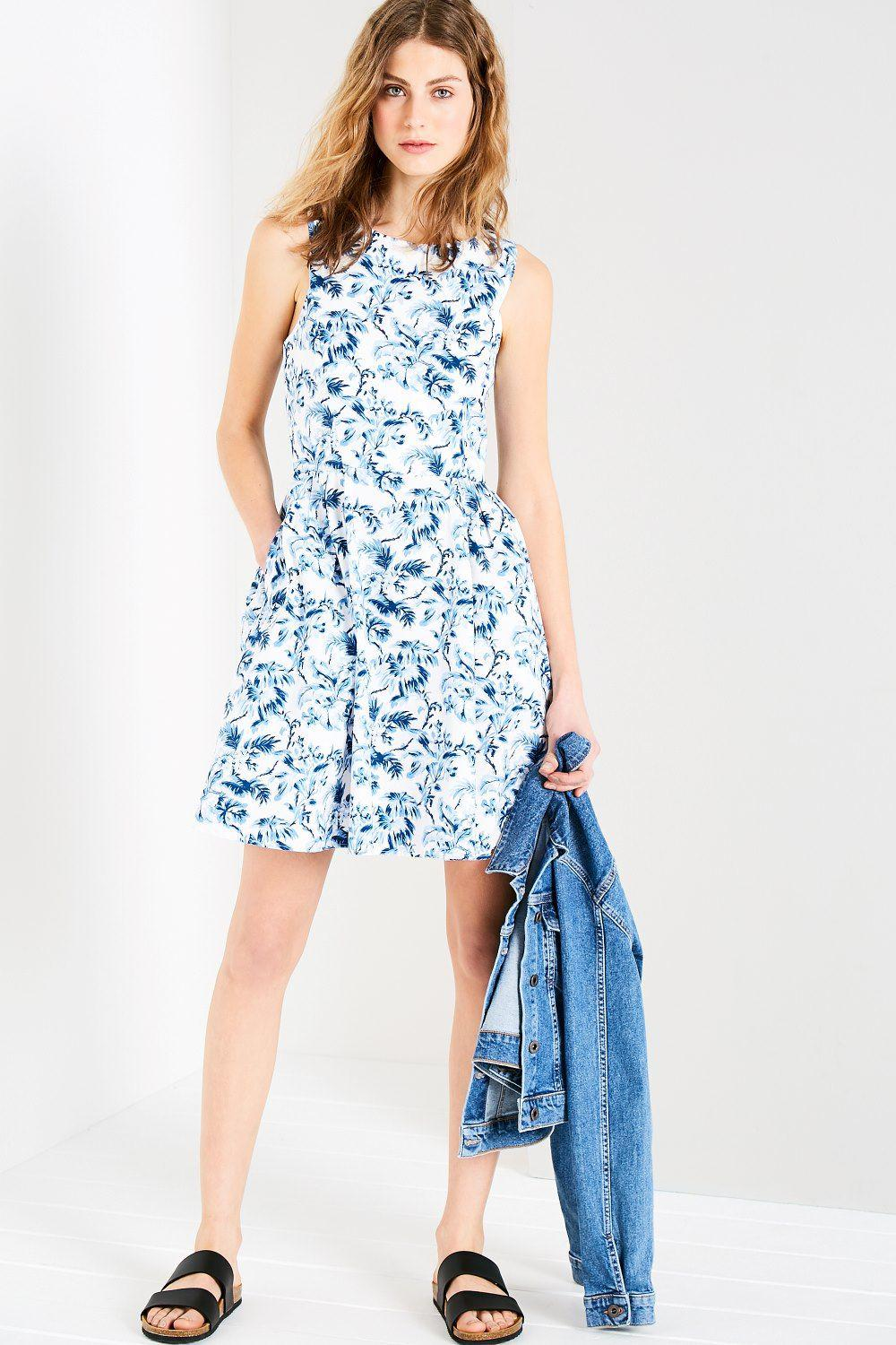 49f0aedfe48 Jack Wills Jasmin Floral Dress in White - Lyst