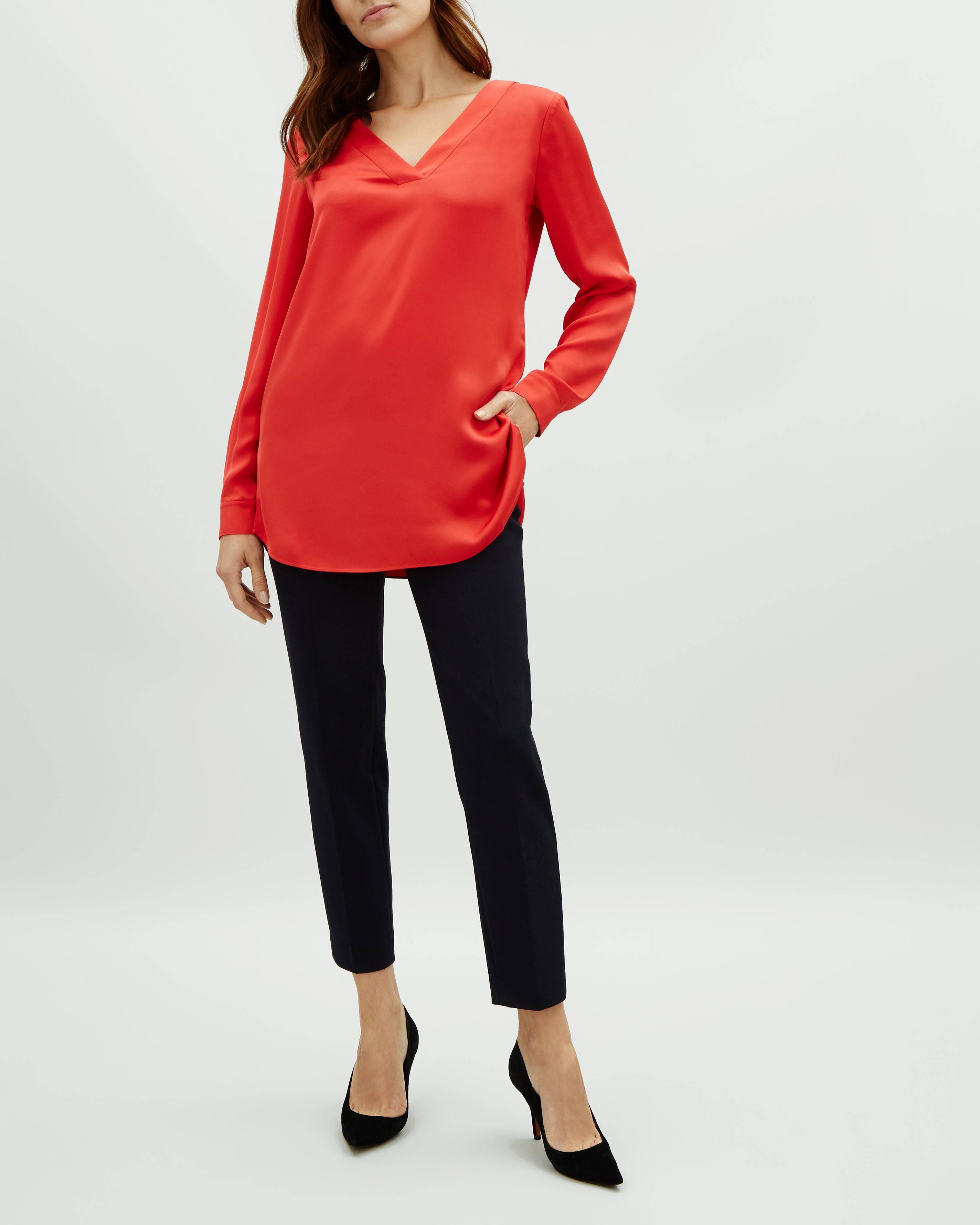 46da02f595a524 Jaeger Satin V Neck Tunic Top in Red - Lyst