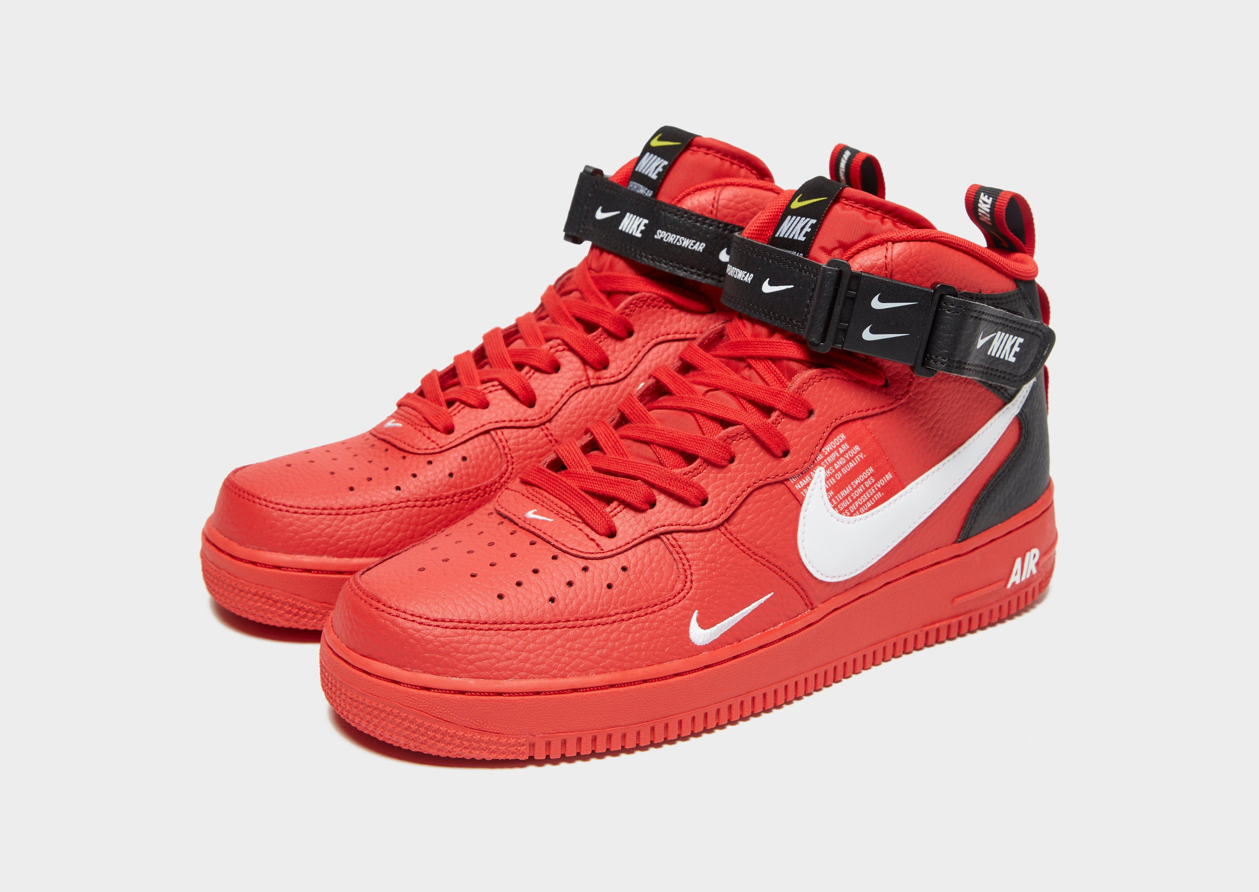 Nike Air Force 1 Mid 07 Lv8 in Red
