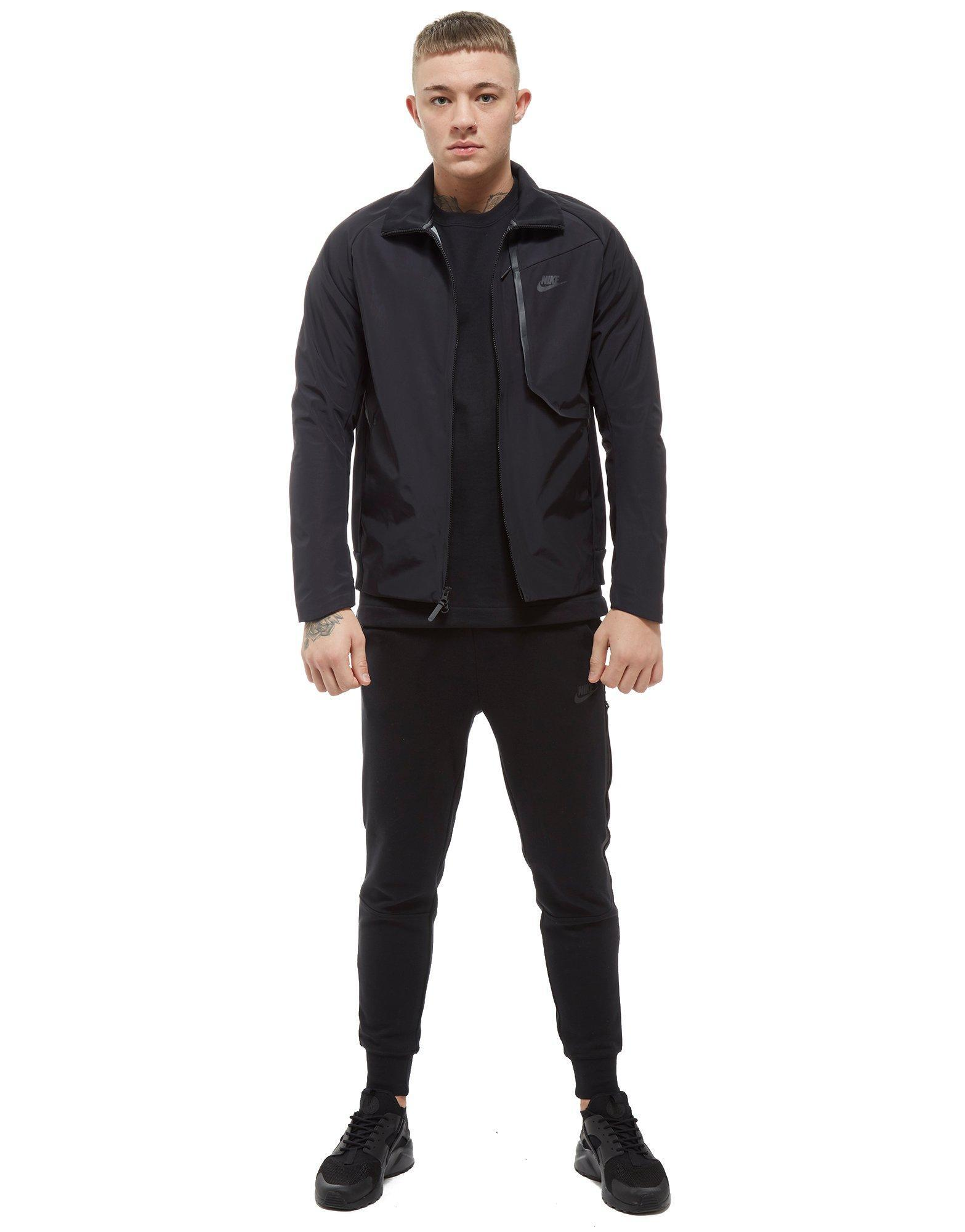 5b1d4ad3c16c Nike Tech Woven Track Jacket in Black for Men - Lyst