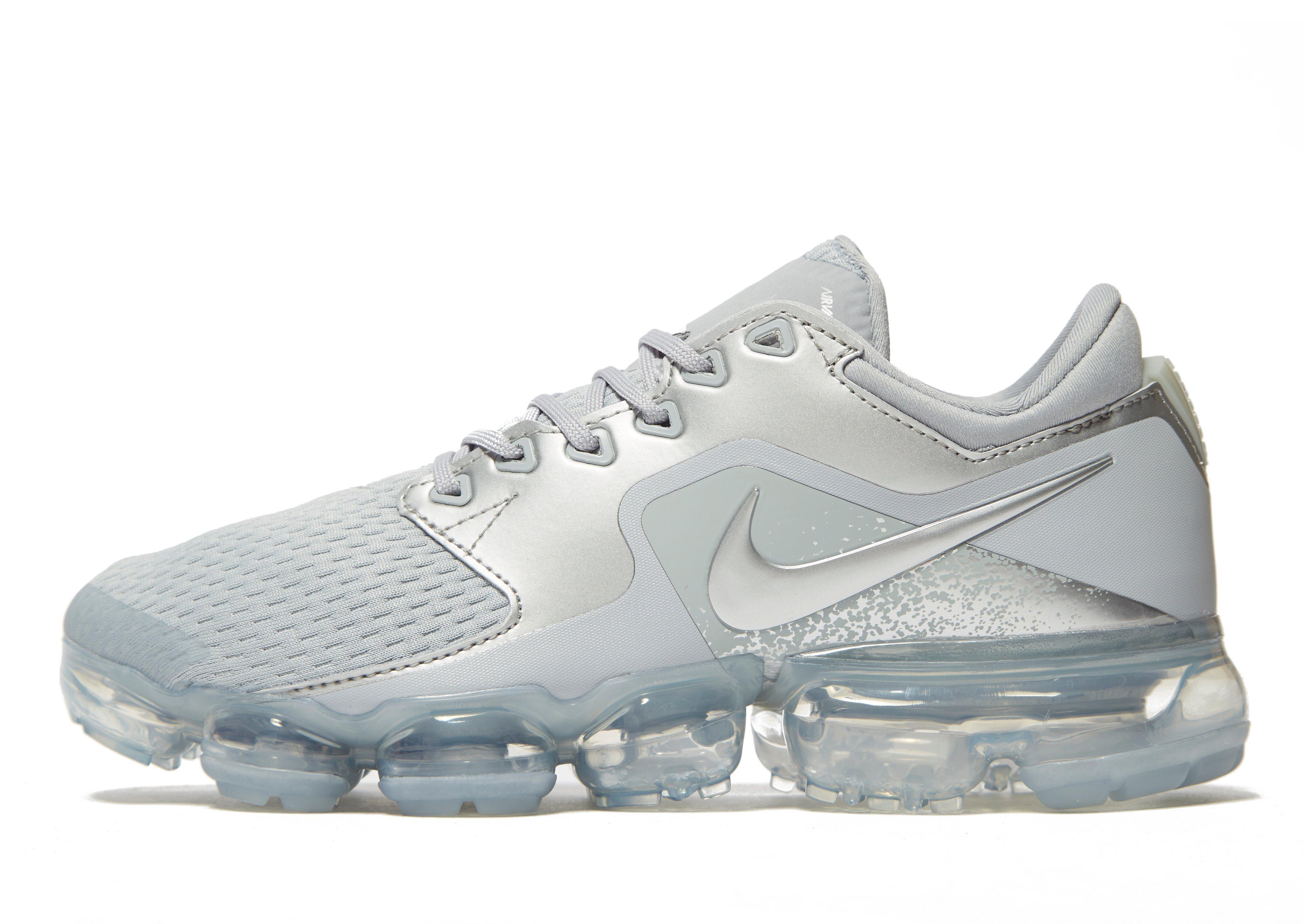 brand new ff1e6 aa862 Nike Gray Air Vapormax