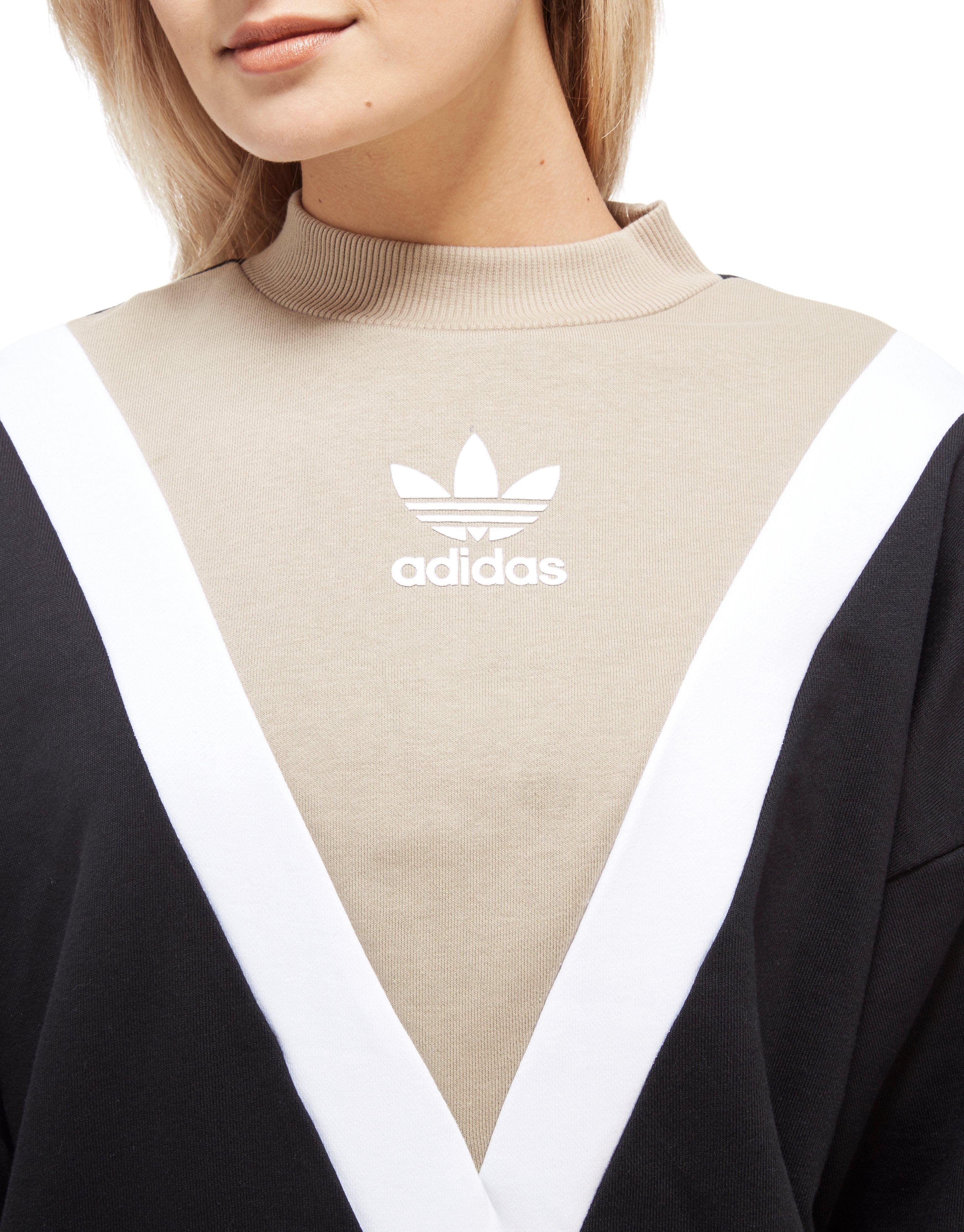 Conciso sector Volver a disparar  adidas Originals Chevron Sweatshirt in Black/Beige (Black) - Lyst